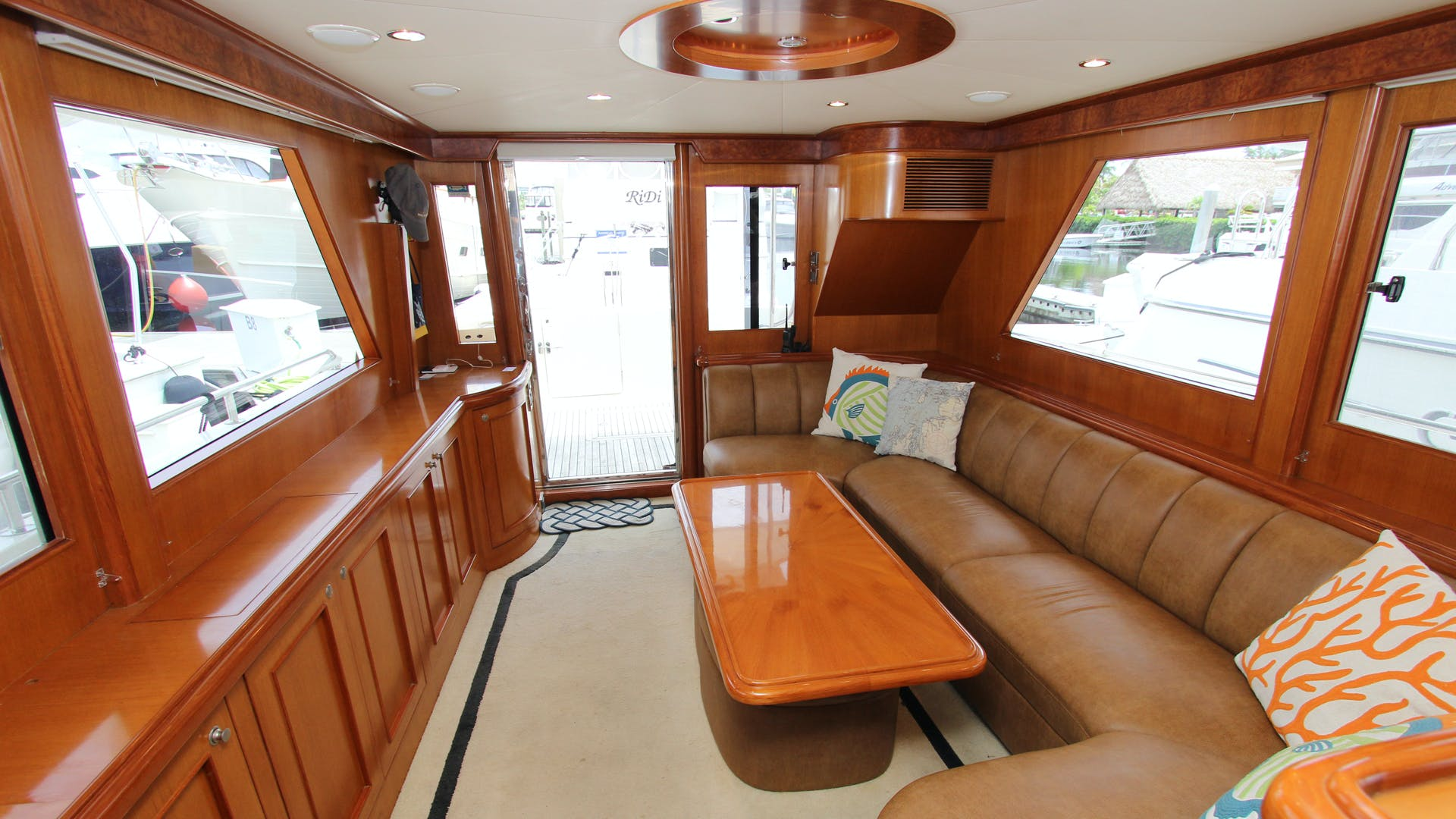 2006 Ocean Alexander 48' Classicco Lazy Suzan | Picture 5 of 13
