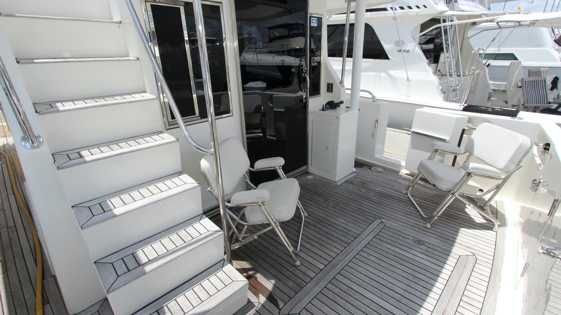 2006 Ocean Alexander 48' Classicco Lazy Suzan | Picture 3 of 13