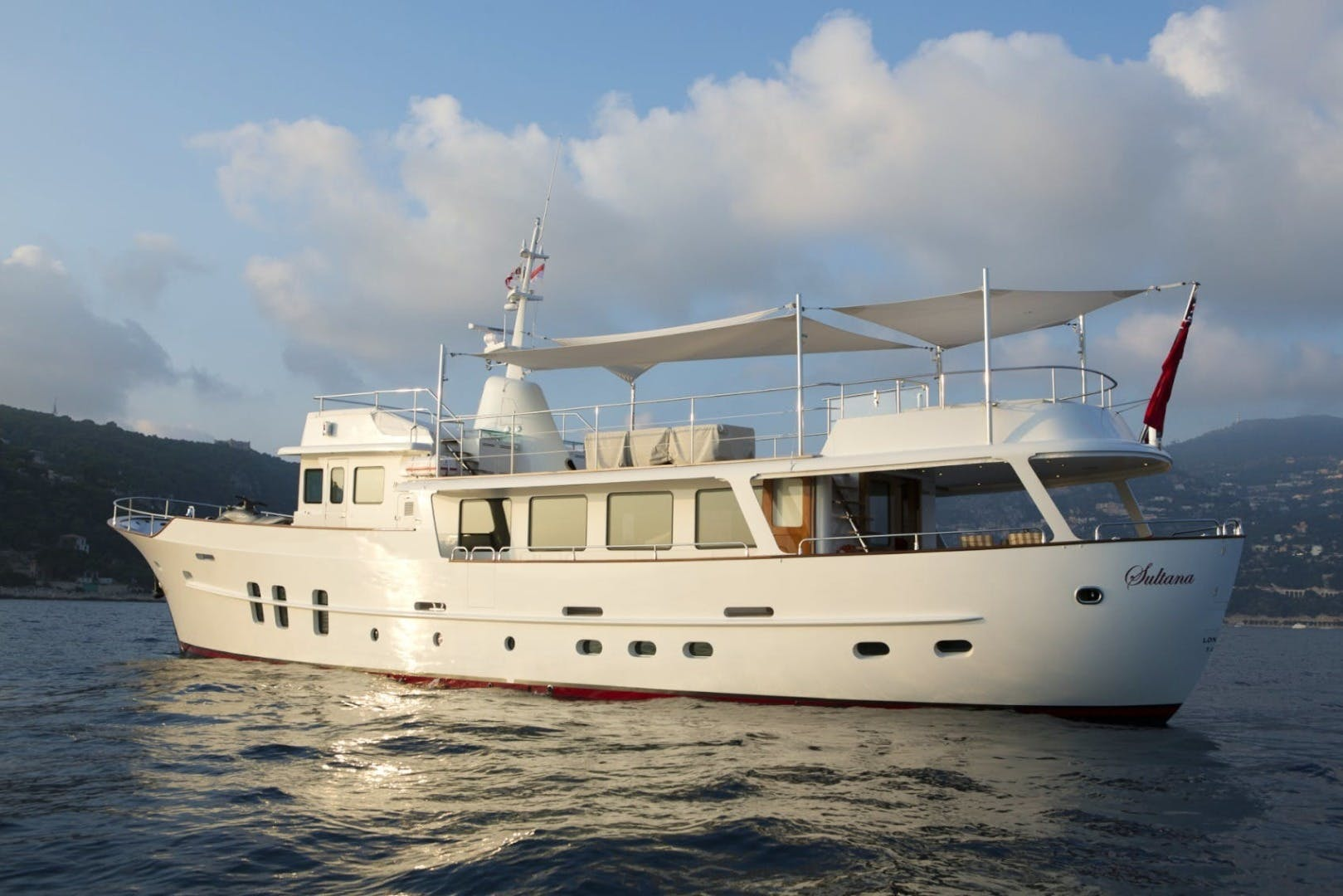 1969 Feadship 84'  SULTANA | Picture 4 of 23