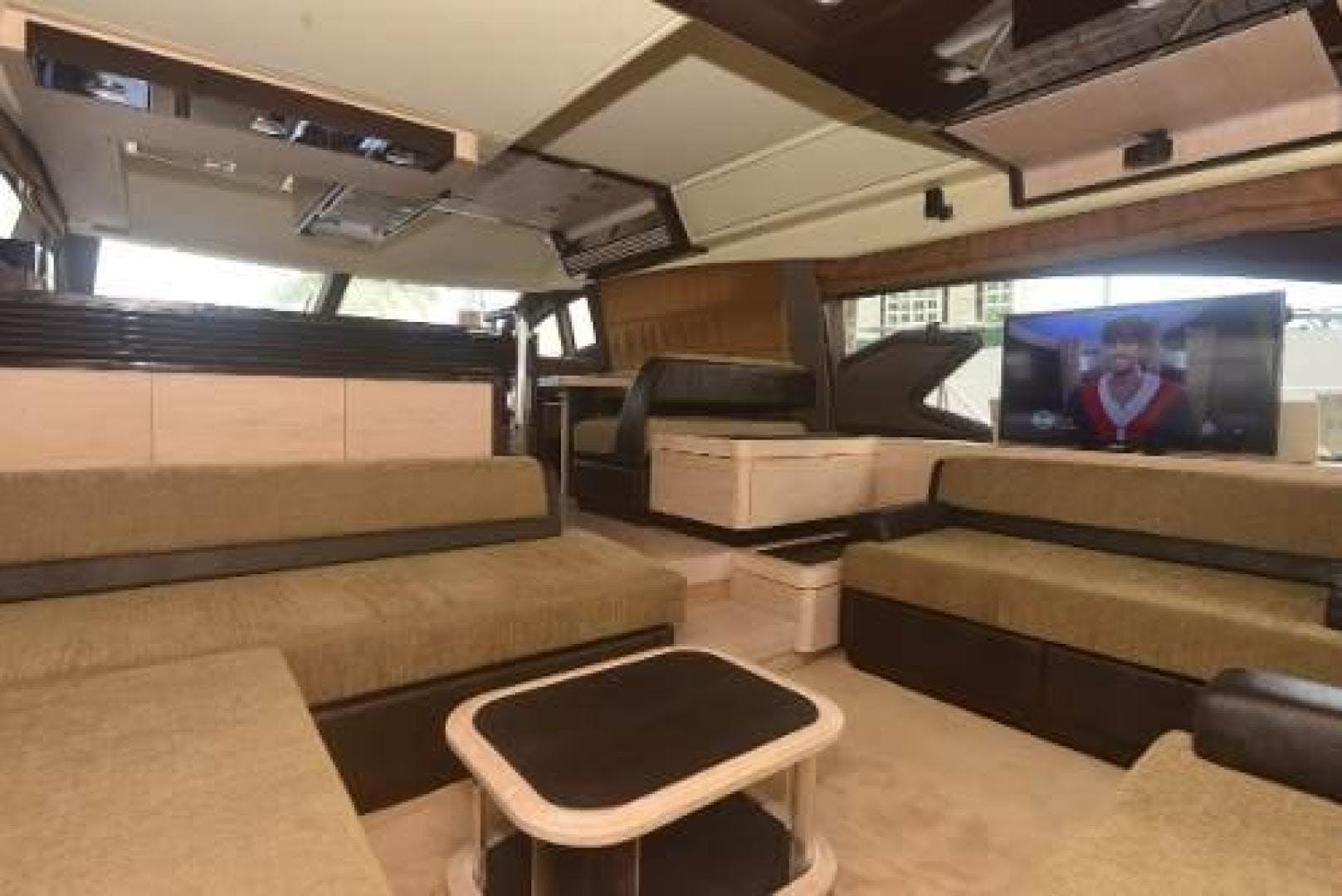 2012 Azimut 64' Flybridge Motor Yacht  | Picture 7 of 15