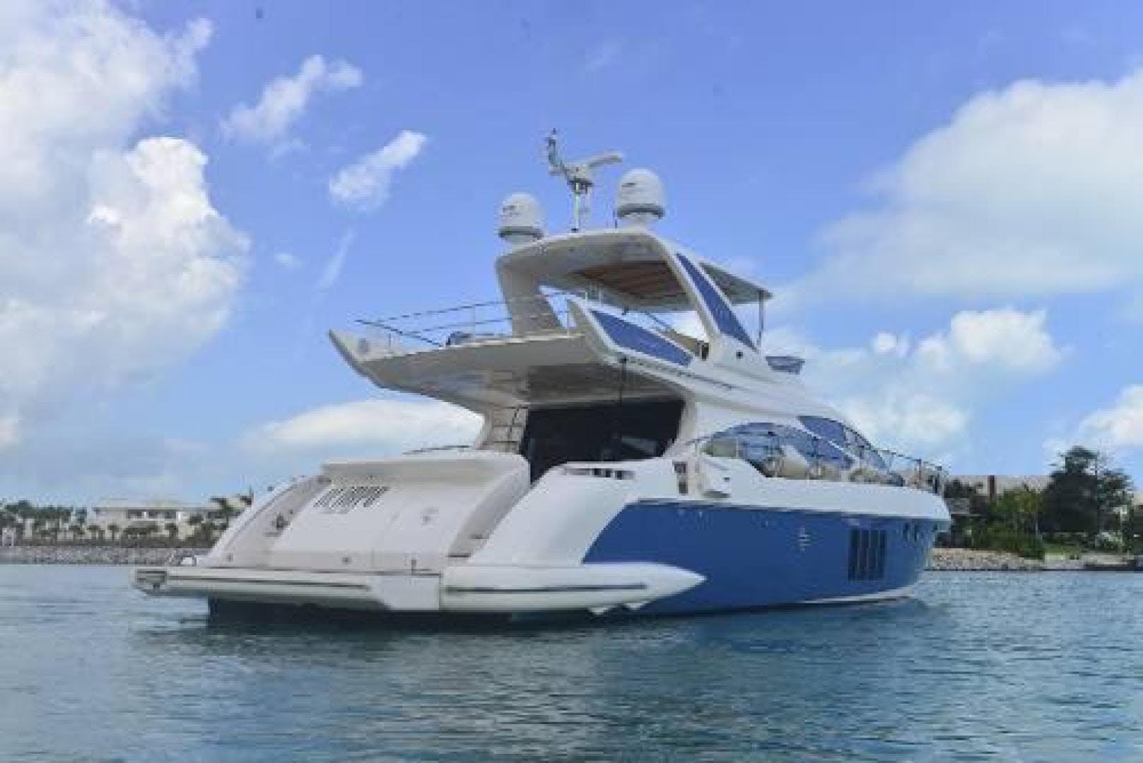 2012 Azimut 64' Flybridge Motor Yacht  | Picture 4 of 15