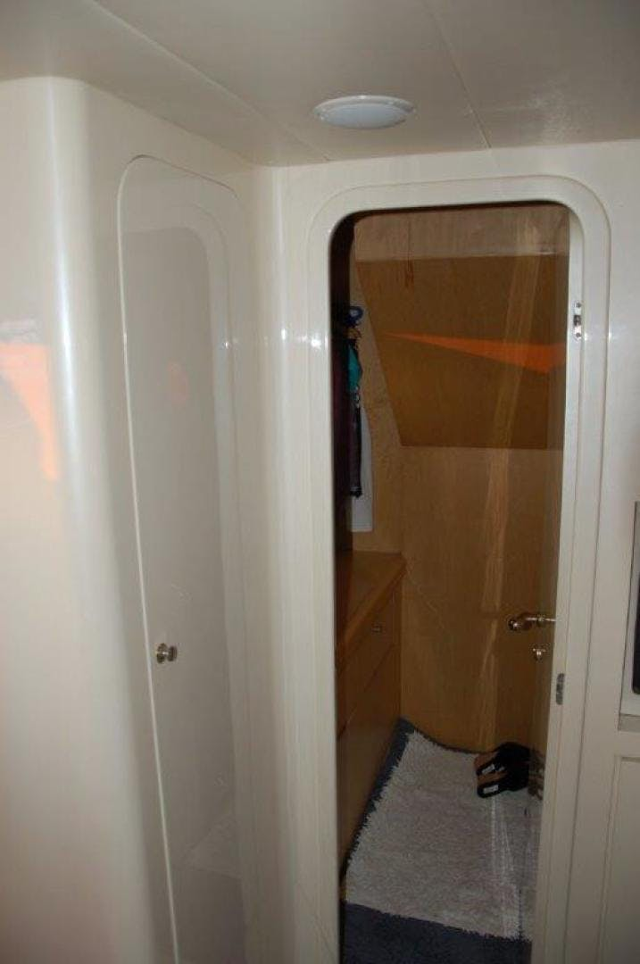 1998 Elegance 70' 70 Motor Yacht    Picture 5 of 51
