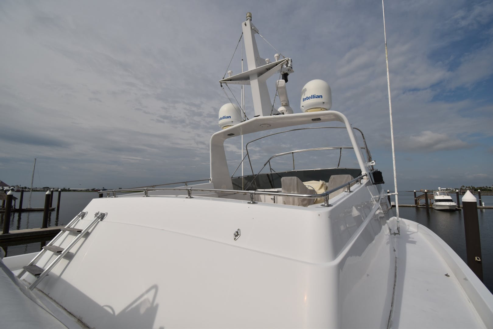 1988 Hatteras 67' 67  Cockpit Motor Yacht Lady Paragon | Picture 6 of 78