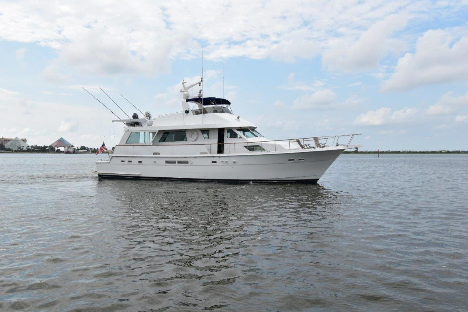 1988 Hatteras 67' 67  Cockpit Motor Yacht Lady Paragon | Picture 3 of 78