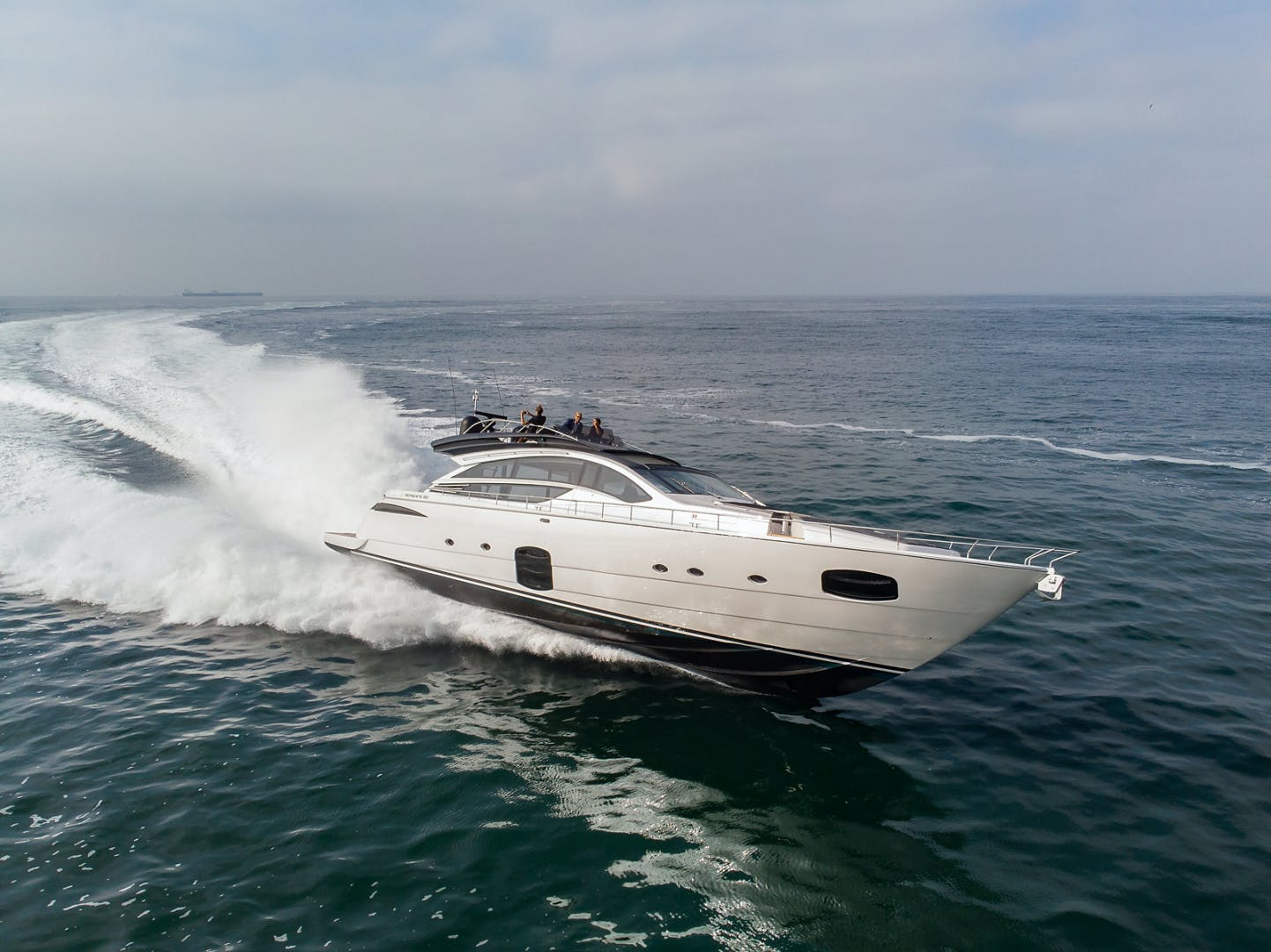 2017 Pershing 82' Pershing 82 Double or Nothing   Picture 3 of 41