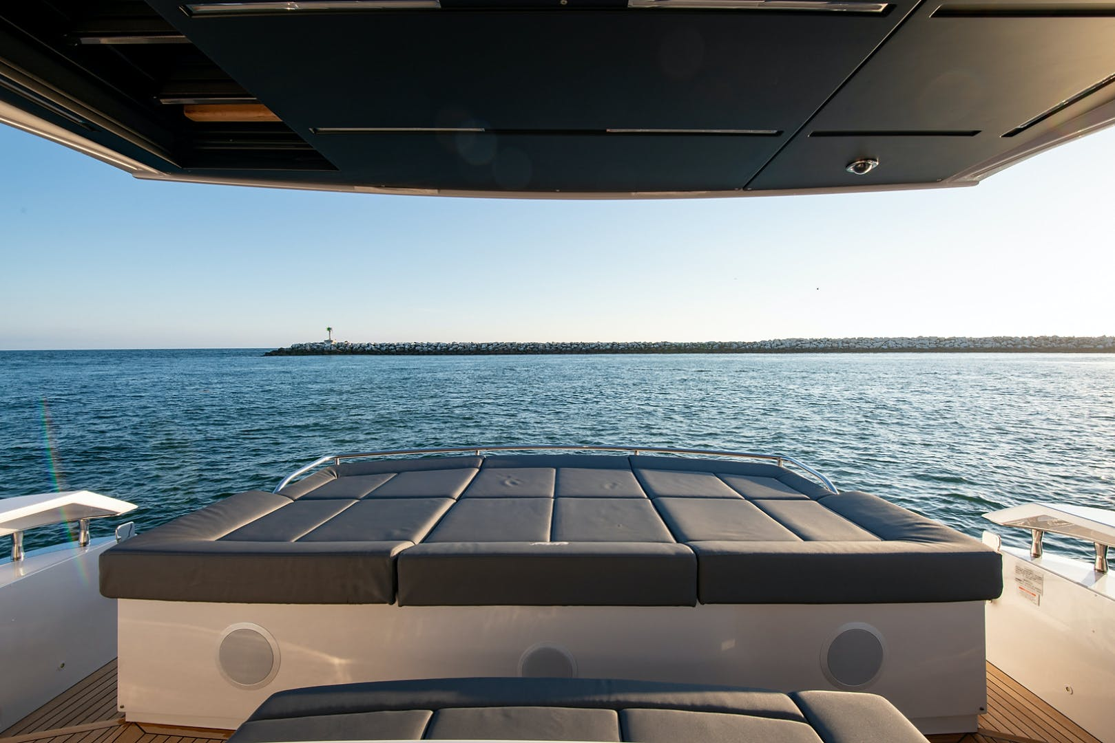 2017 Pershing 82' Pershing 82 Double or Nothing   Picture 7 of 41