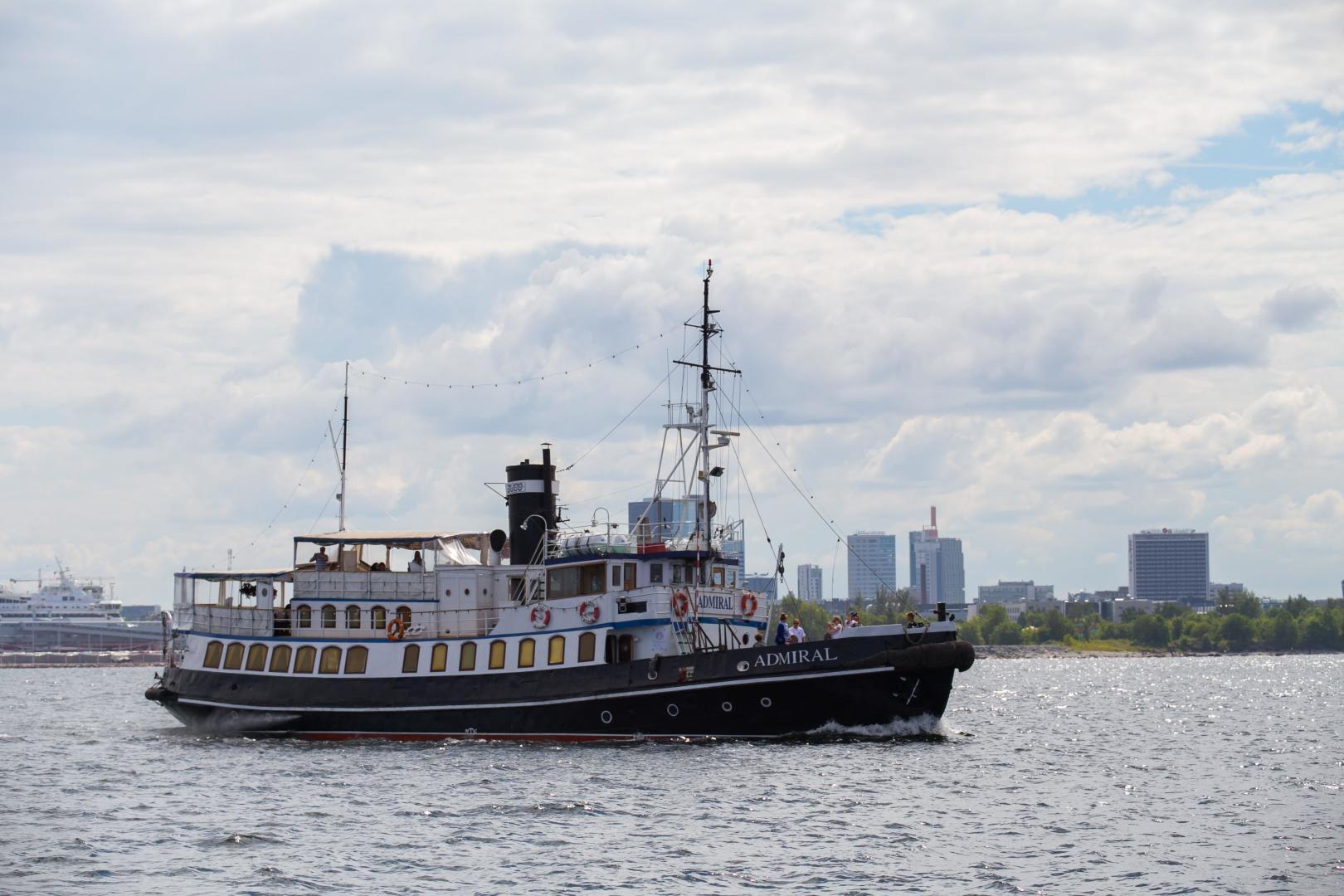 1955 Admiral 100' 100 Steamship