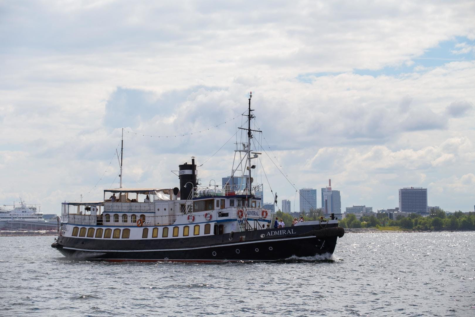 1955 Admiral 100' 100 Steamship  | Picture 1 of 23