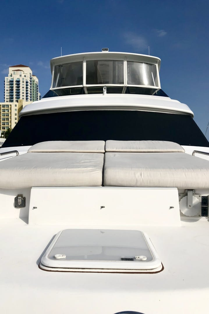 2008 Hatteras 72' 72 Motor Yacht Christina | Picture 8 of 40