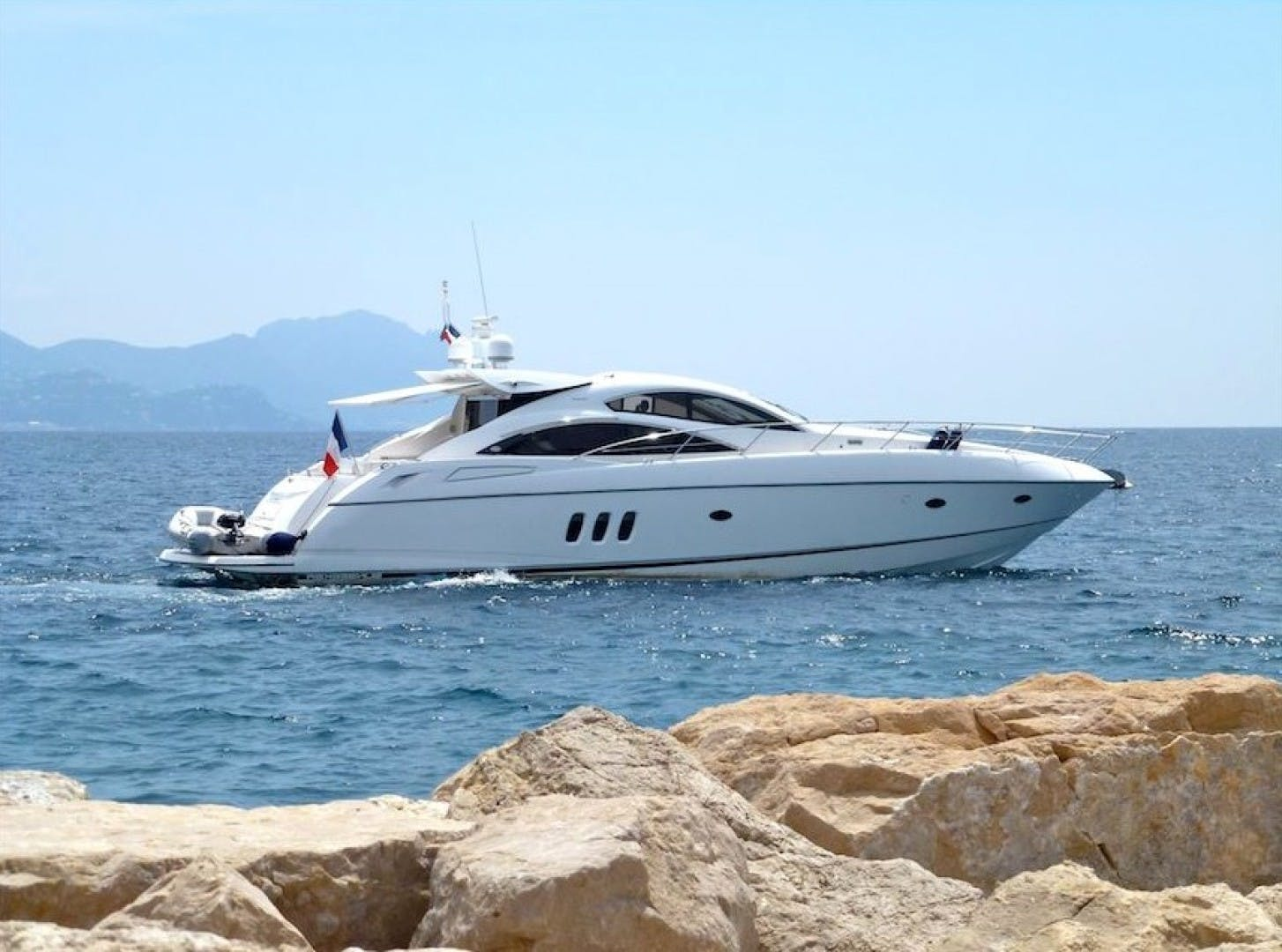 2006 Sunseeker 64' Predator 62 LUCIANO   Picture 1 of 16