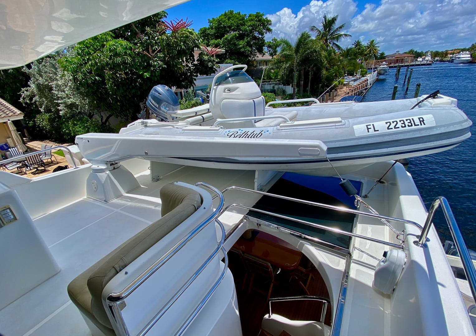 2001 Horizon 76' Sky Lounge BLUEWATER BETH | Picture 8 of 73