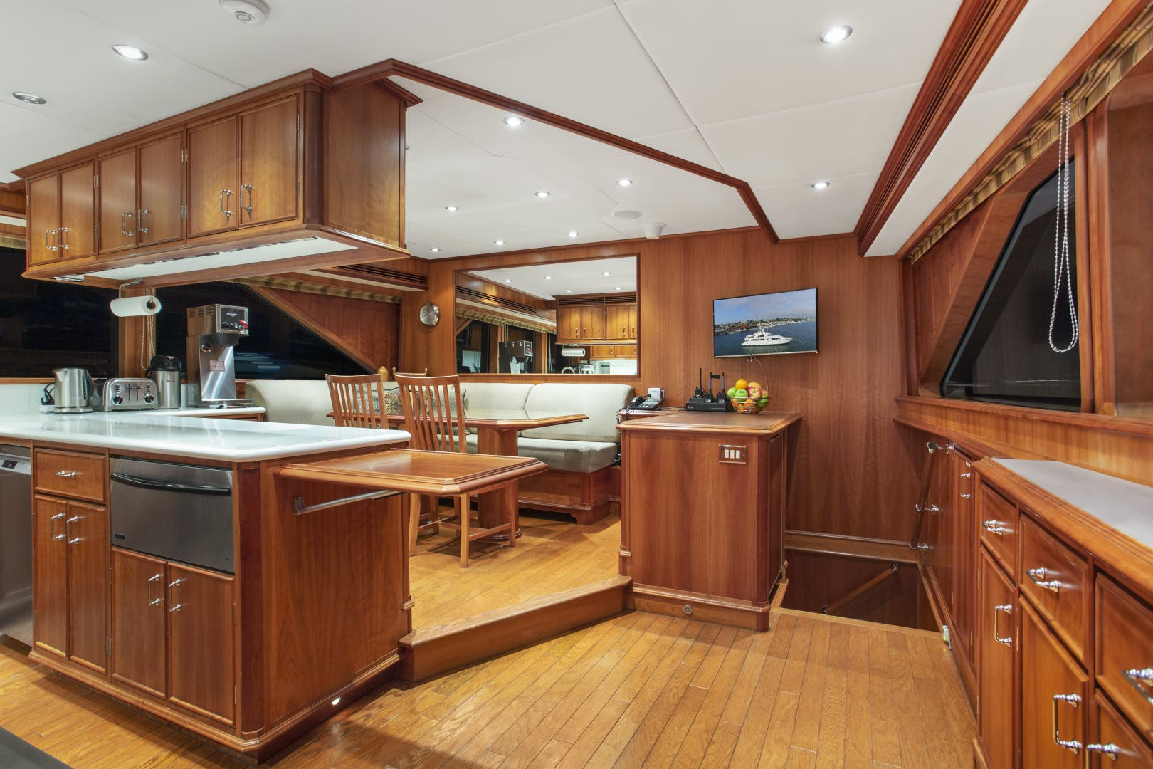 2000 Palmer Johnson 128' Custom Tri-Deck Motoryacht KIMBERLY | Picture 8 of 52