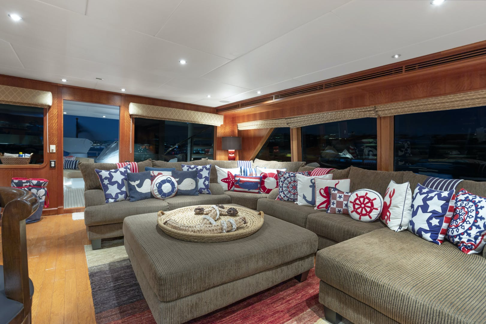 2000 Palmer Johnson 128' Custom Tri-Deck Motoryacht KIMBERLY | Picture 5 of 52