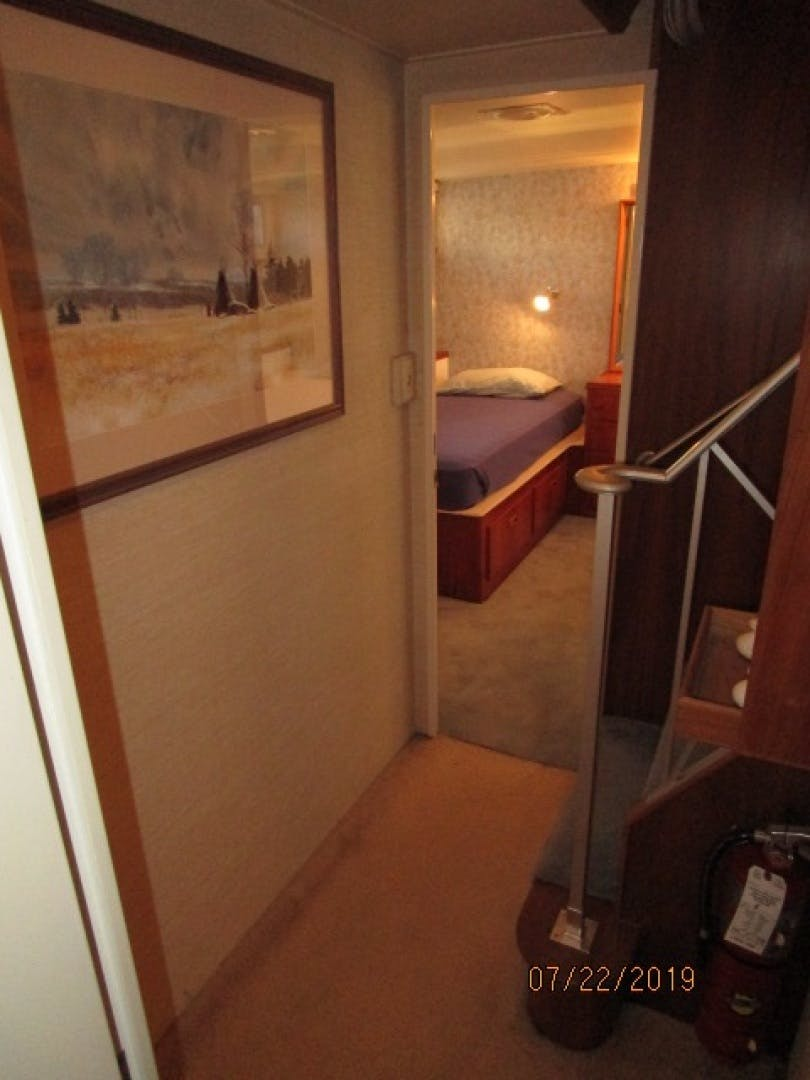 1969 Burger 75' Flushdeck  Pied A Mer | Picture 4 of 90