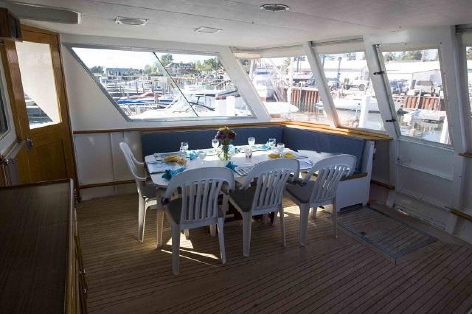 1969 Burger 75' Flushdeck  Pied A Mer | Picture 8 of 90