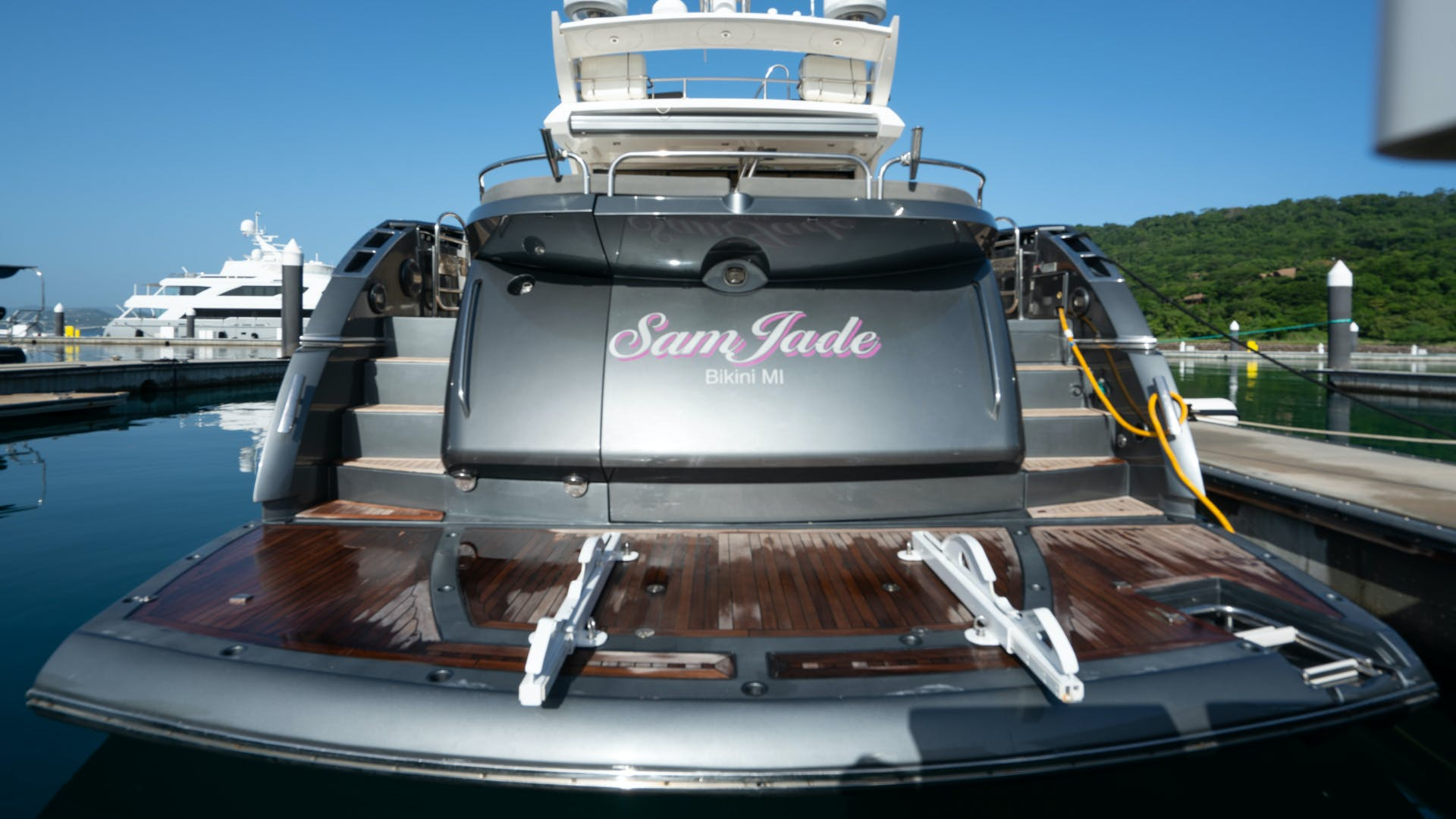 2009 Sunseeker 74'  SAM JADE | Picture 2 of 112