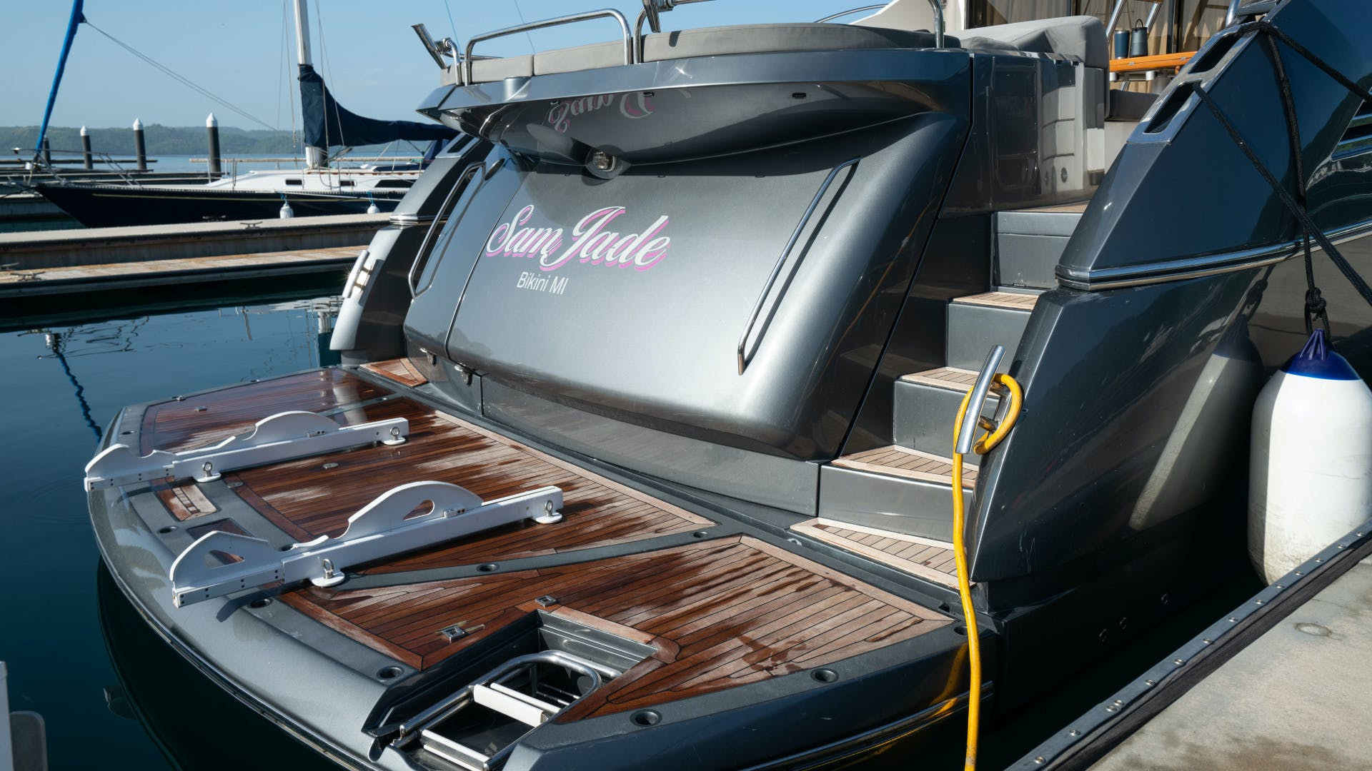 2009 Sunseeker 74'  SAM JADE | Picture 3 of 112