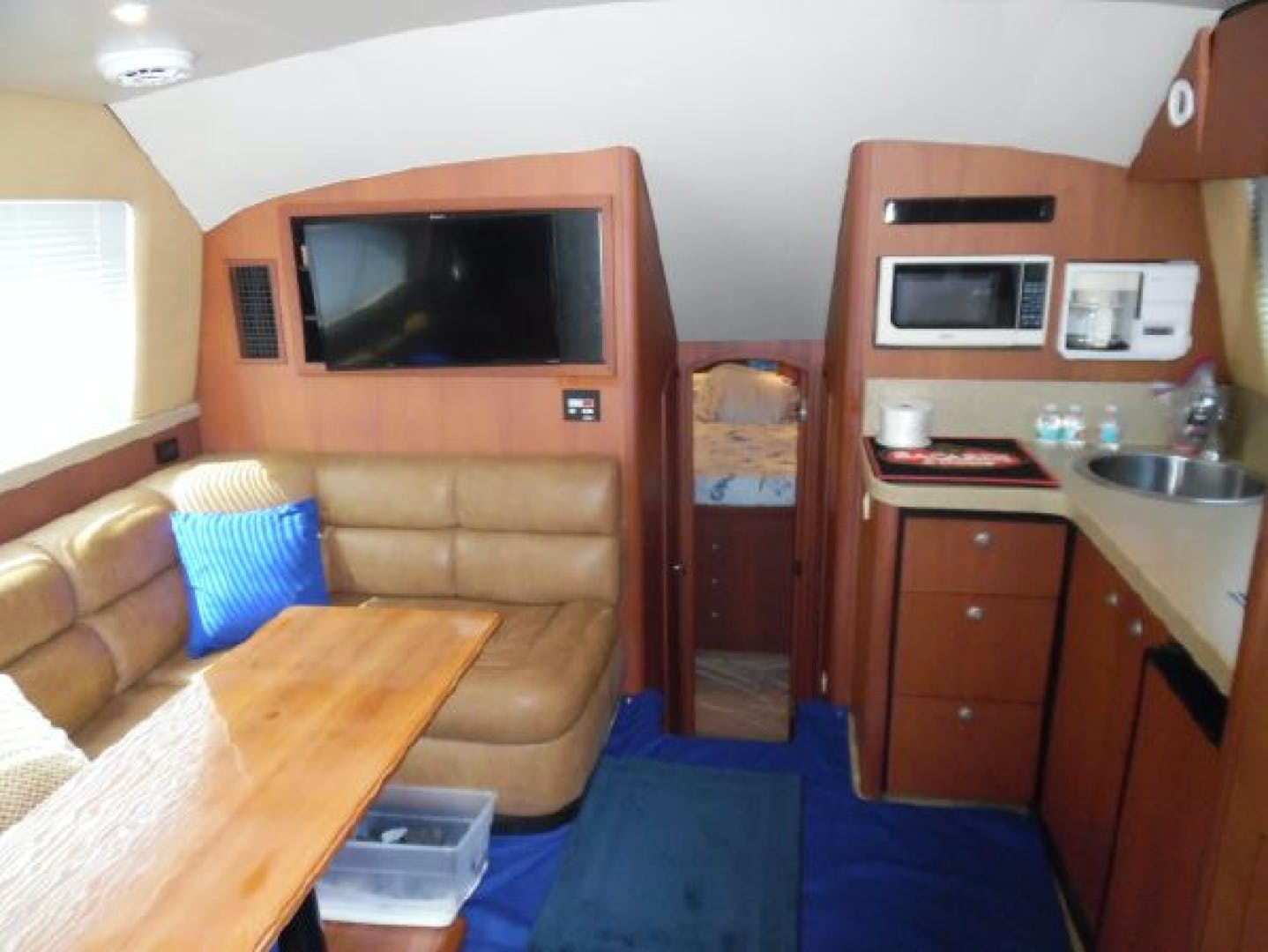 2004 Luhrs 36' 36 Convertible Lucky Lady | Picture 5 of 85