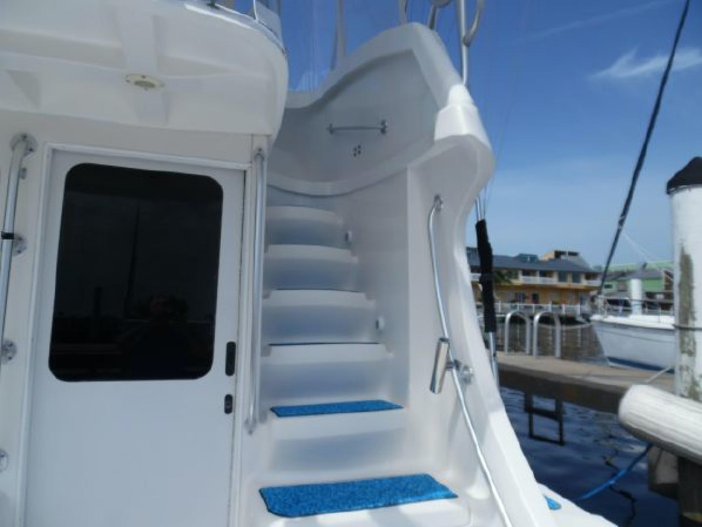 2004 Luhrs 36' 36 Convertible Lucky Lady | Picture 8 of 85