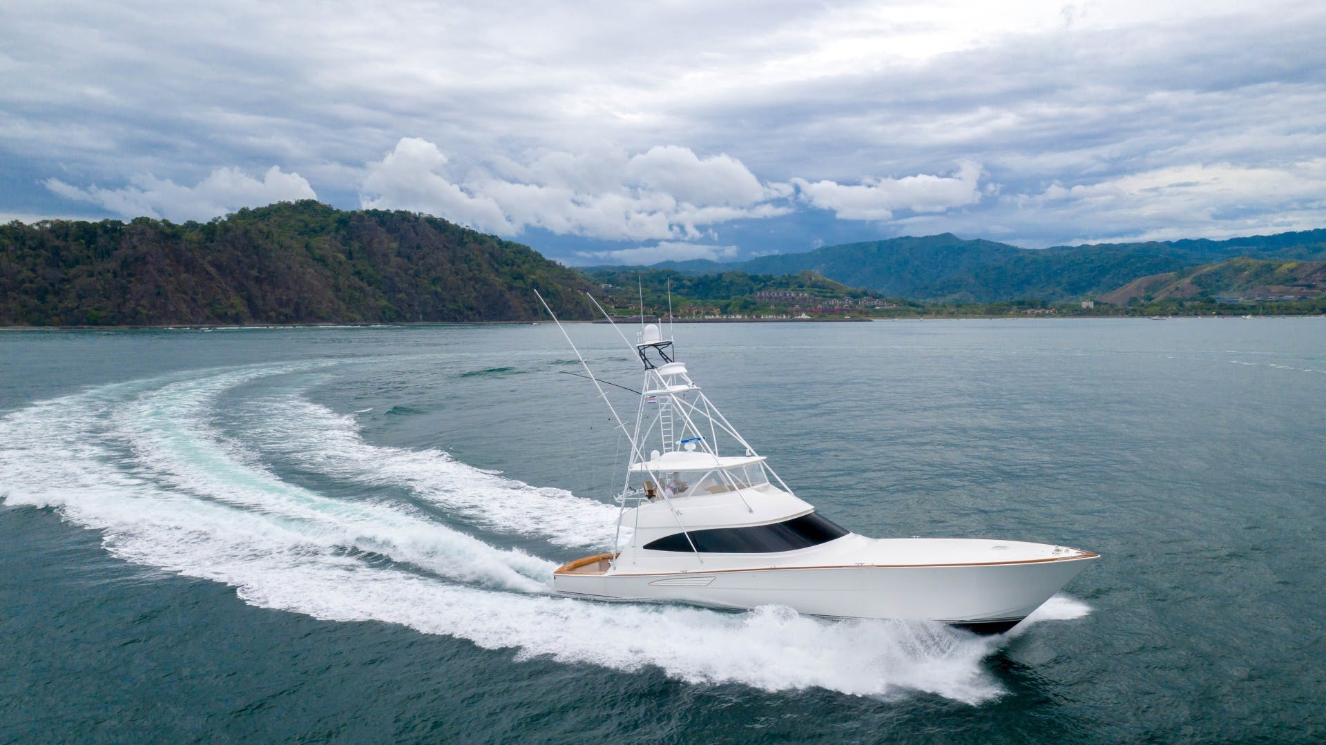 2019 Viking 72' 72 Convertible GOOSE | Picture 3 of 98
