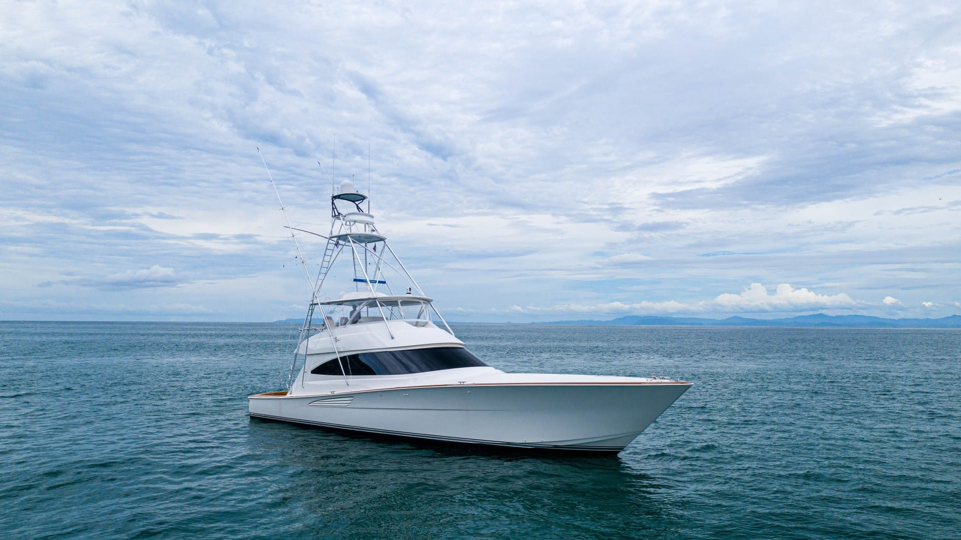 2019 Viking 72' 72 Convertible GOOSE | Picture 4 of 98