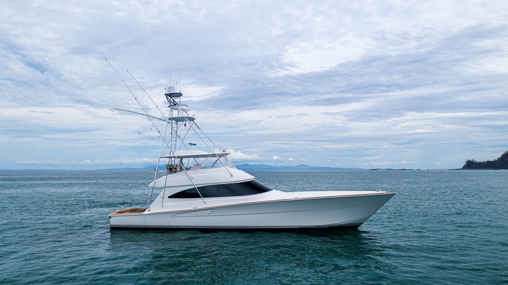 2019 Viking 72' 72 Convertible GOOSE | Picture 5 of 98