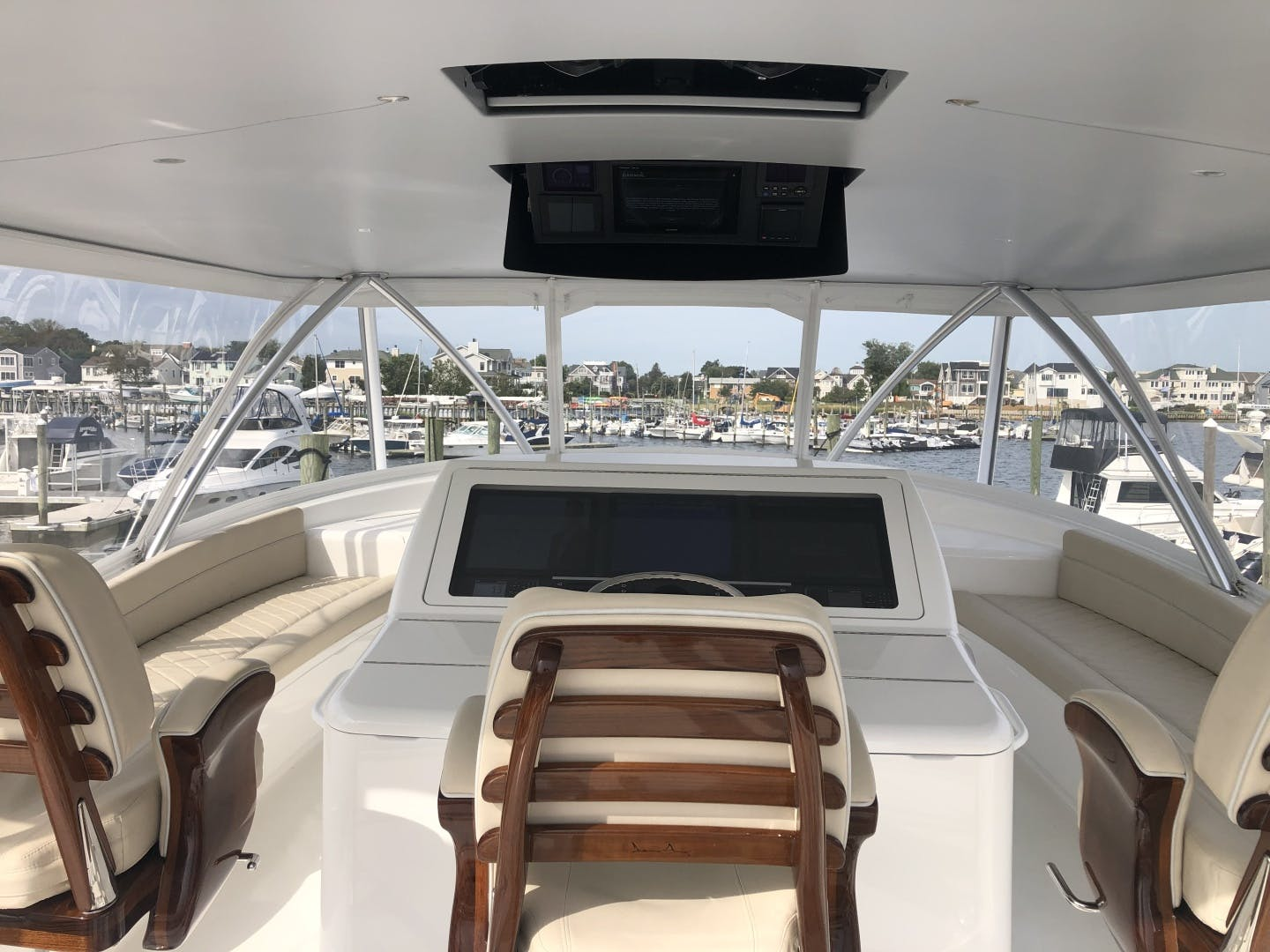 2019 Viking 72' 72 Convertible GOOSE | Picture 3 of 5