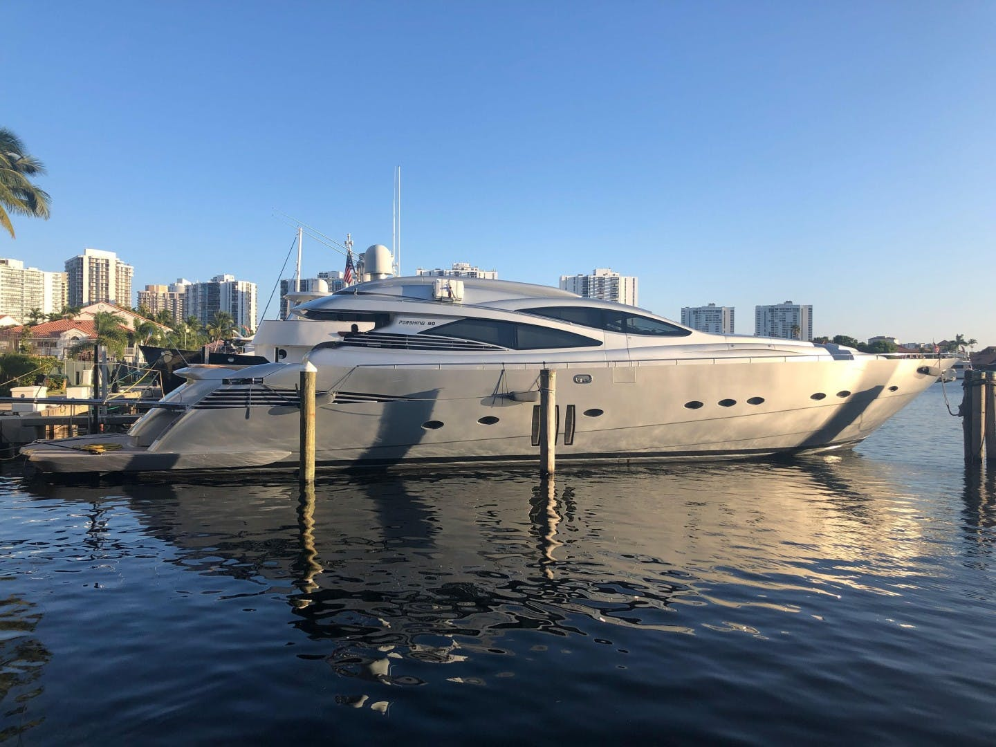 2007 Pershing 90'  YCM 90 | Picture 2 of 85