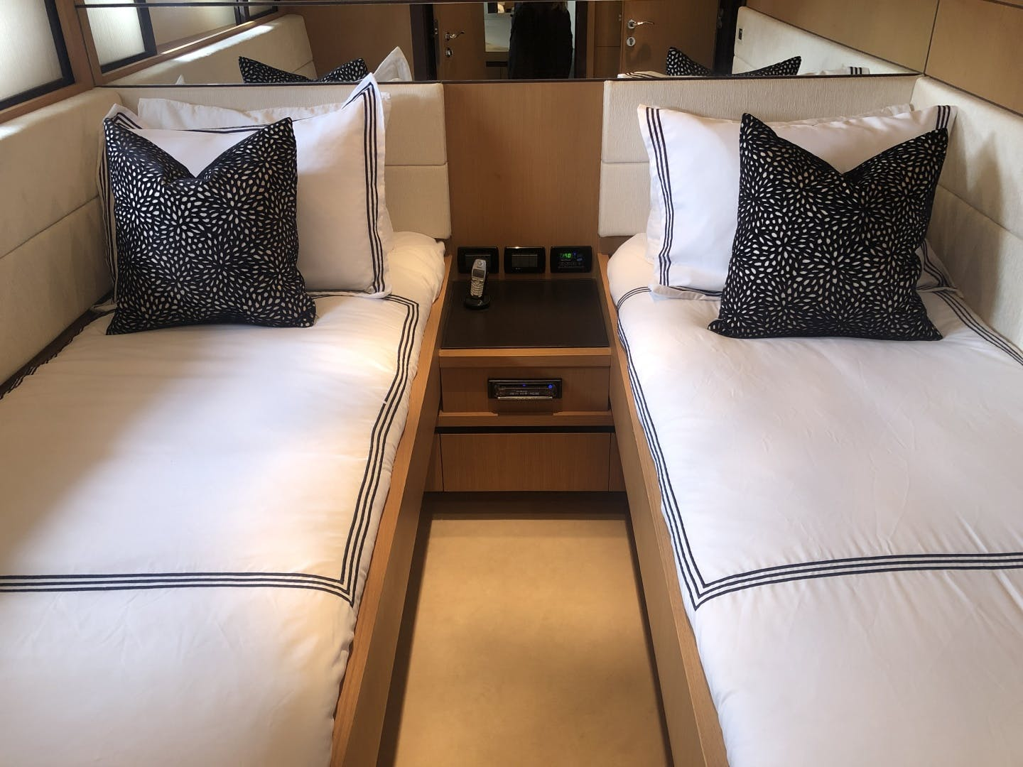 2007 Pershing 90' 90 YCM 90 | Picture 8 of 109