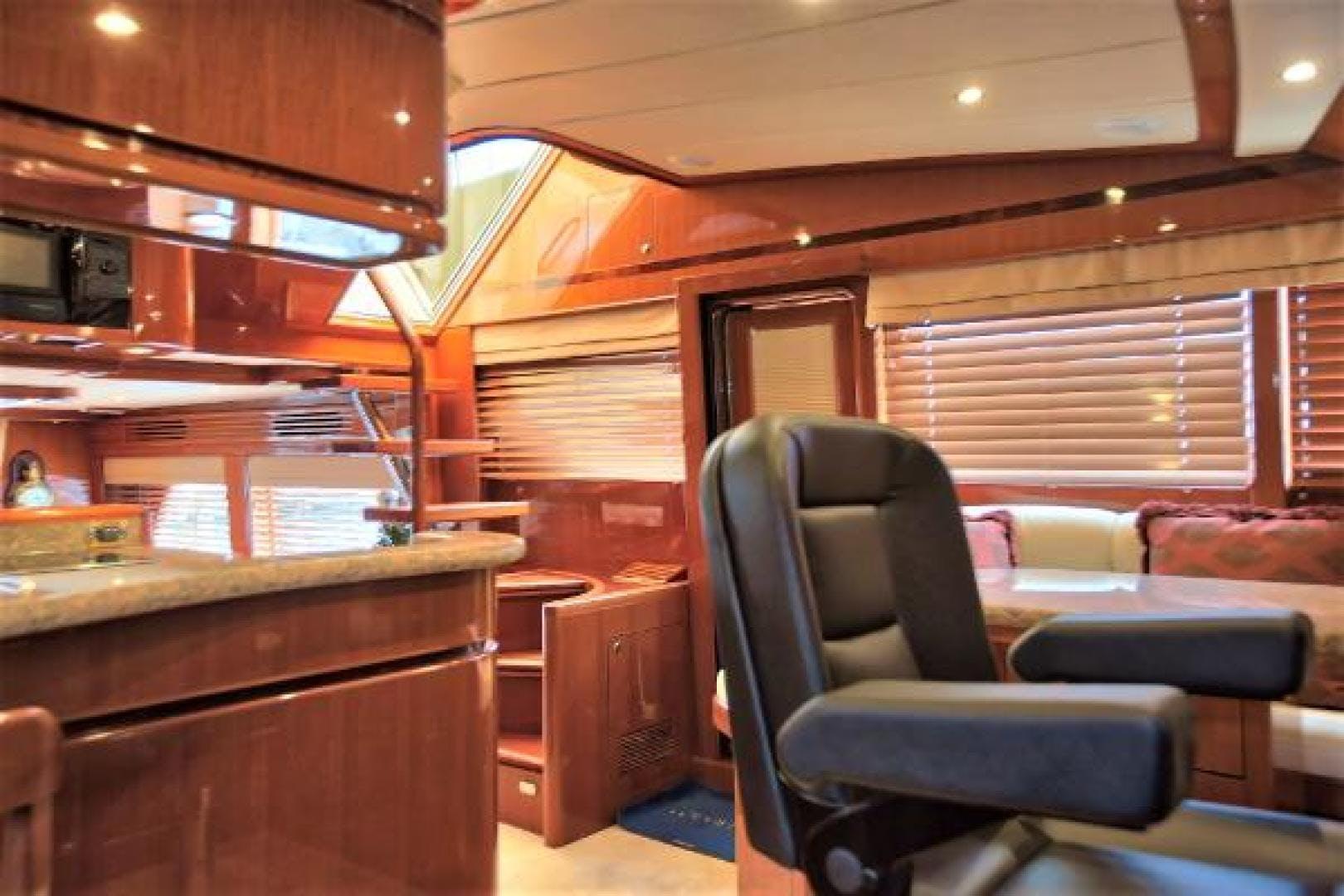 2009 Hampton 58' 580 Pilot House CORABELLE III | Picture 6 of 37