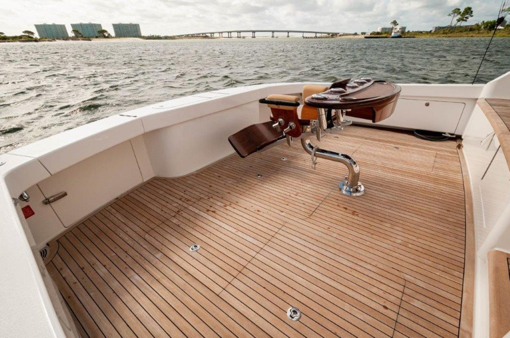 2017 Viking 72' 72 Enclosed Bridge SHARE E   Picture 4 of 64