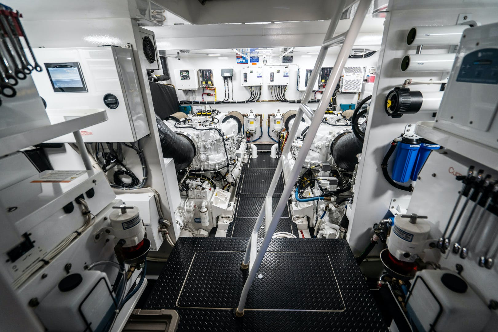 2018 Viking 75' 75 Motor Yacht Lulu | Picture 6 of 82