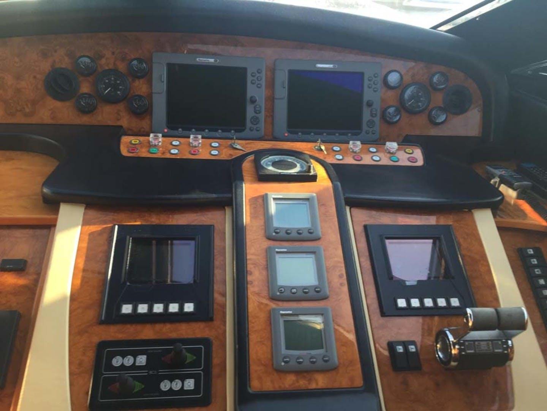 2006 Astondoa 82' 82 GLX Hemera Cuarta | Picture 8 of 75