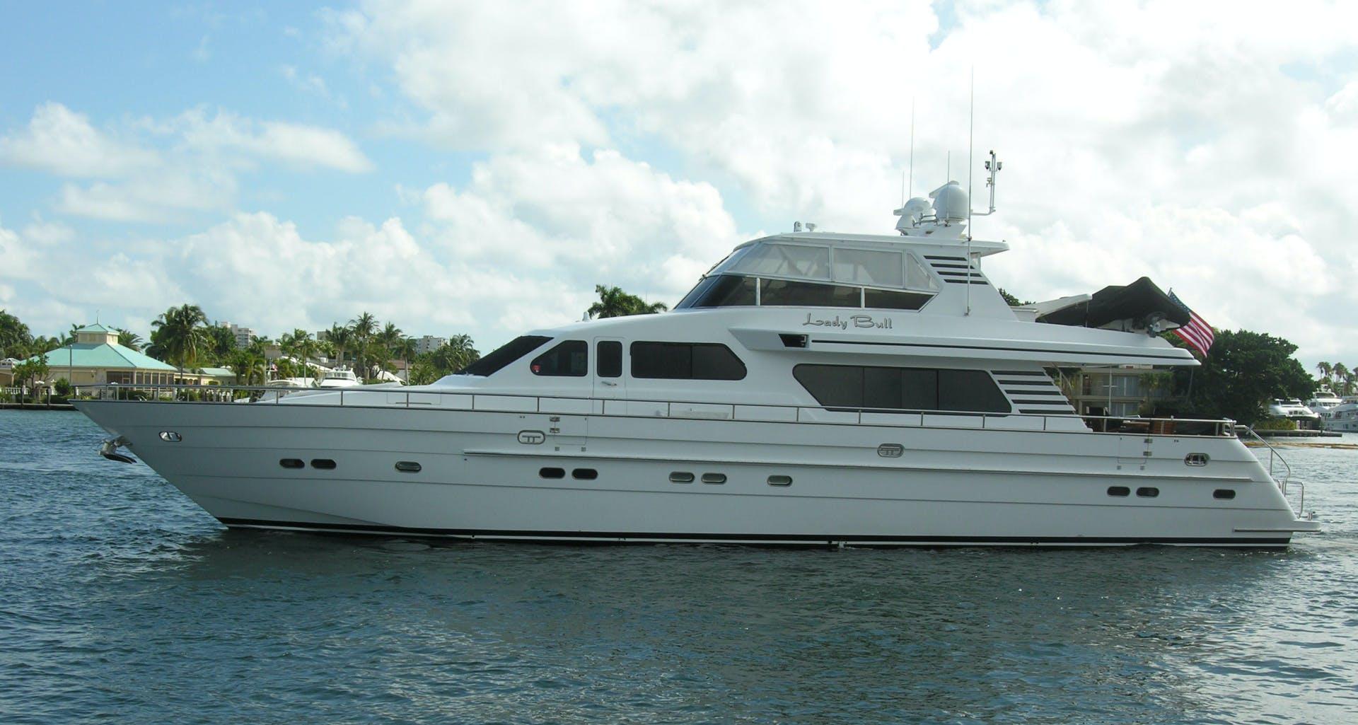 2001 Horizon 82' Flybridge Motor Yacht LADY BULL   Picture 1 of 88
