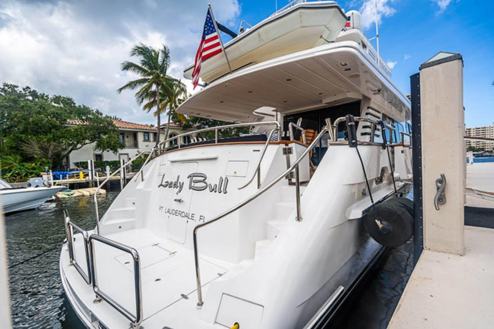 2001 Horizon 82' Flybridge Motor Yacht LADY BULL   Picture 2 of 88