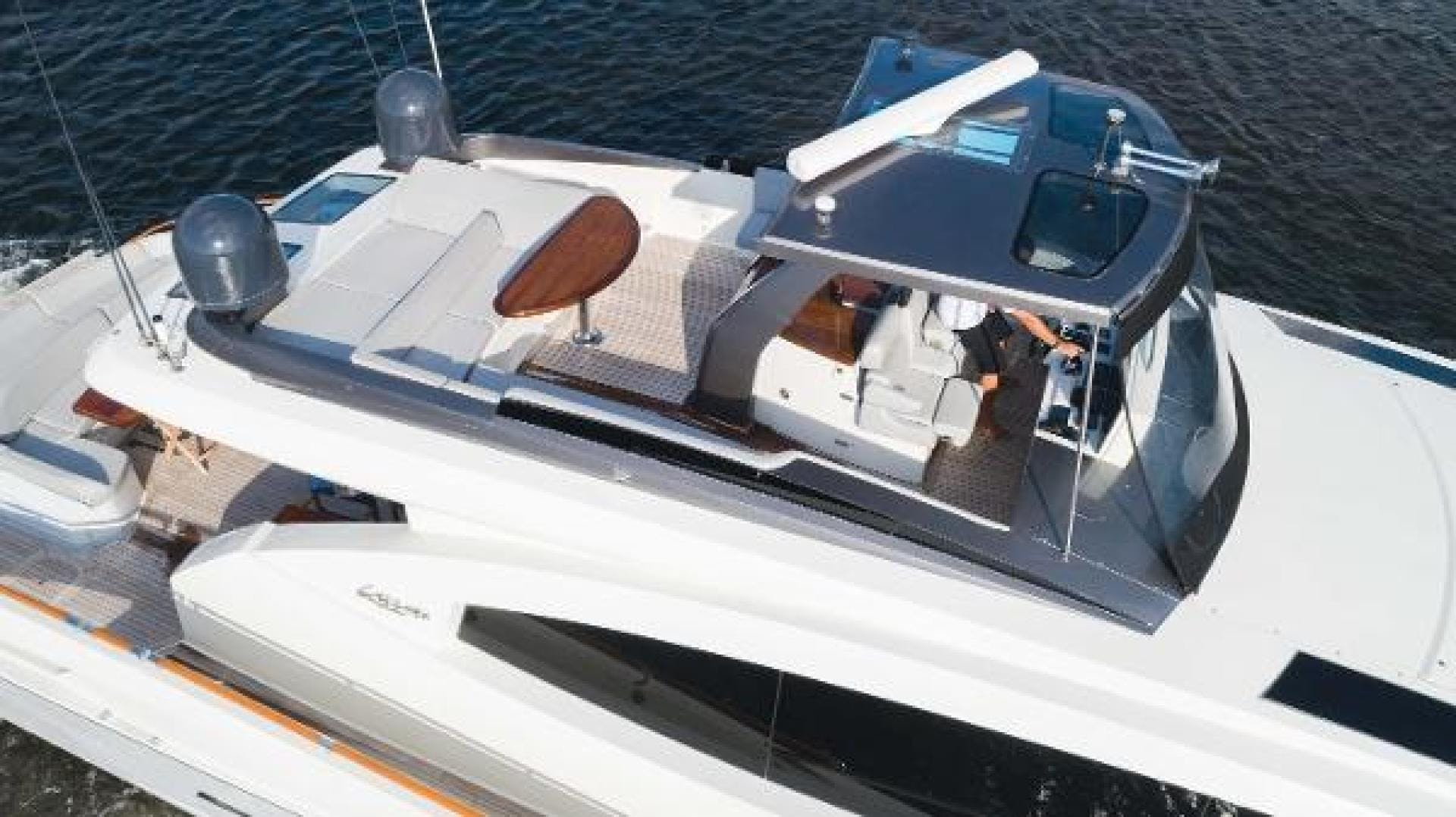 2012 Lazzara 92' LSX 92 Helios | Picture 4 of 93
