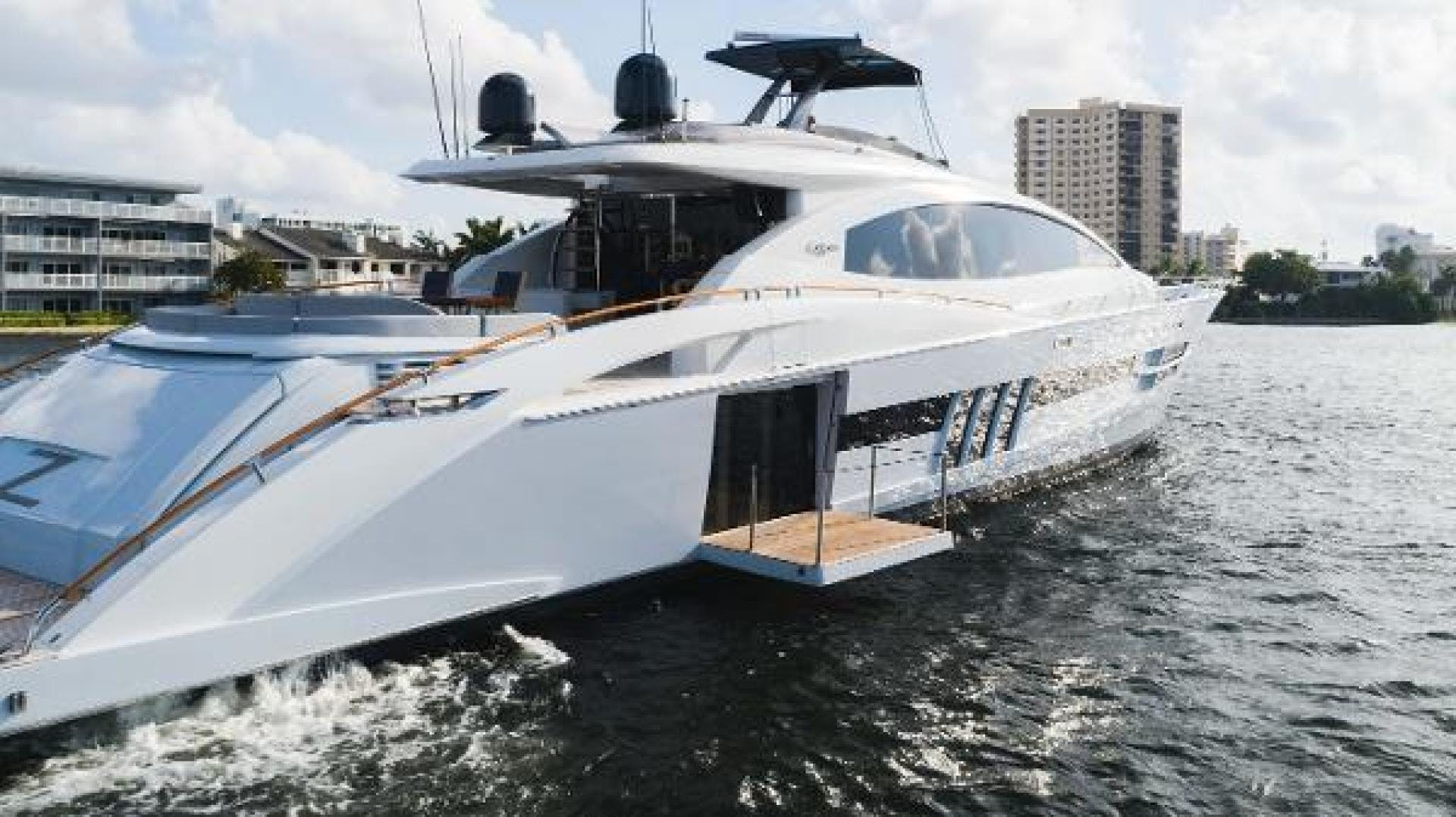 2012 Lazzara 92' LSX 92 Helios | Picture 2 of 93