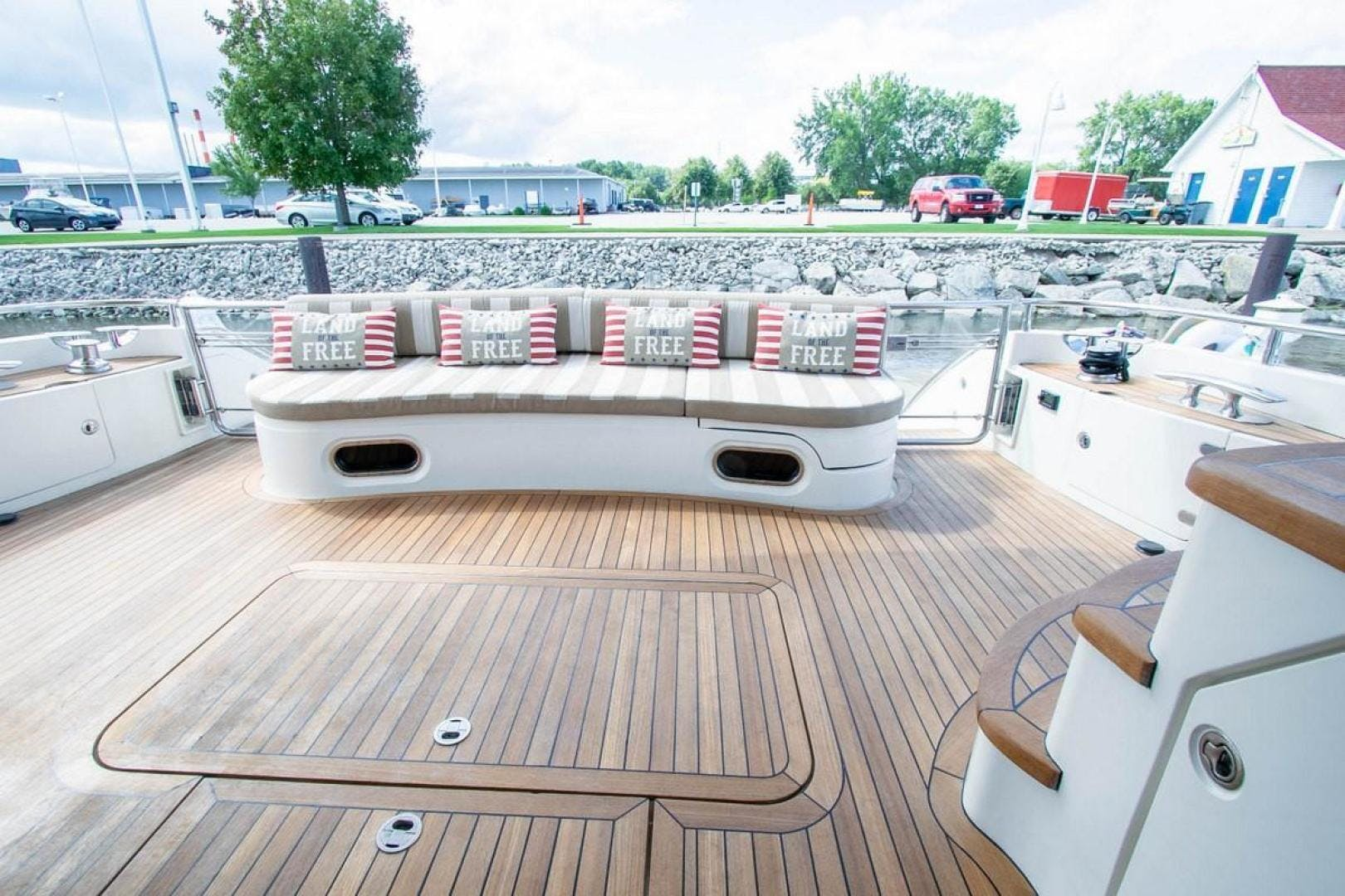 2006 Princess 67' 67 Flybridge GINA MARIE | Picture 7 of 51