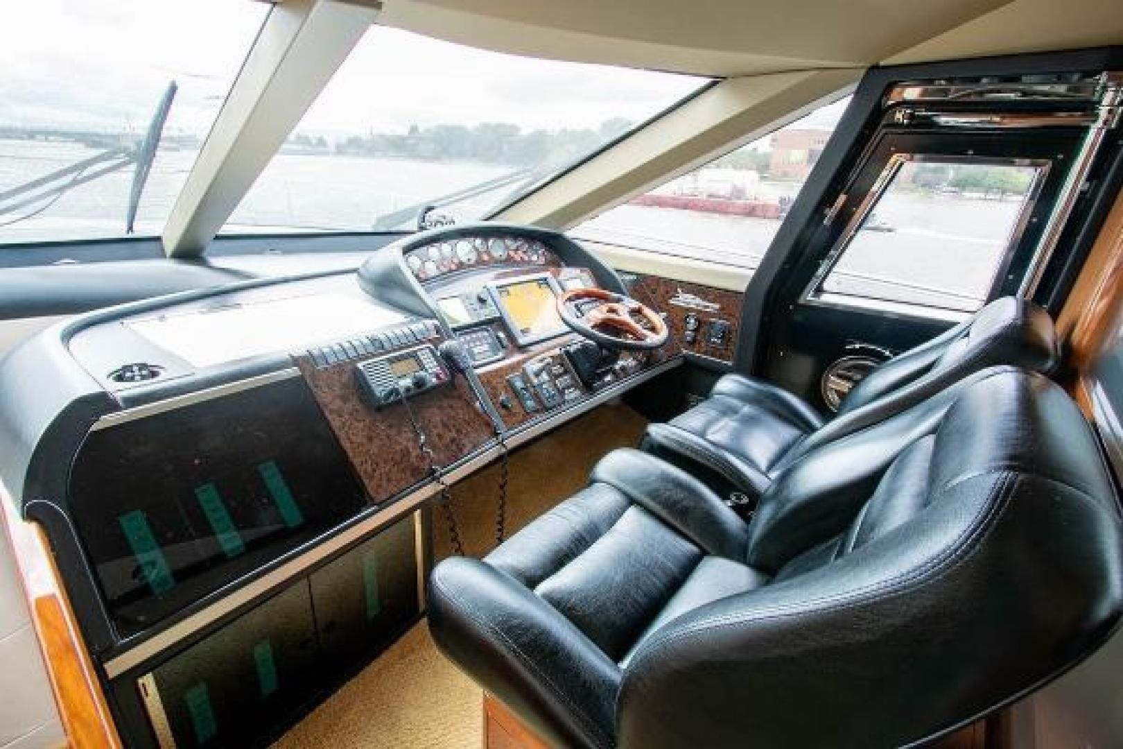 2006 Princess 67' 67 Flybridge GINA MARIE   Picture 1 of 103