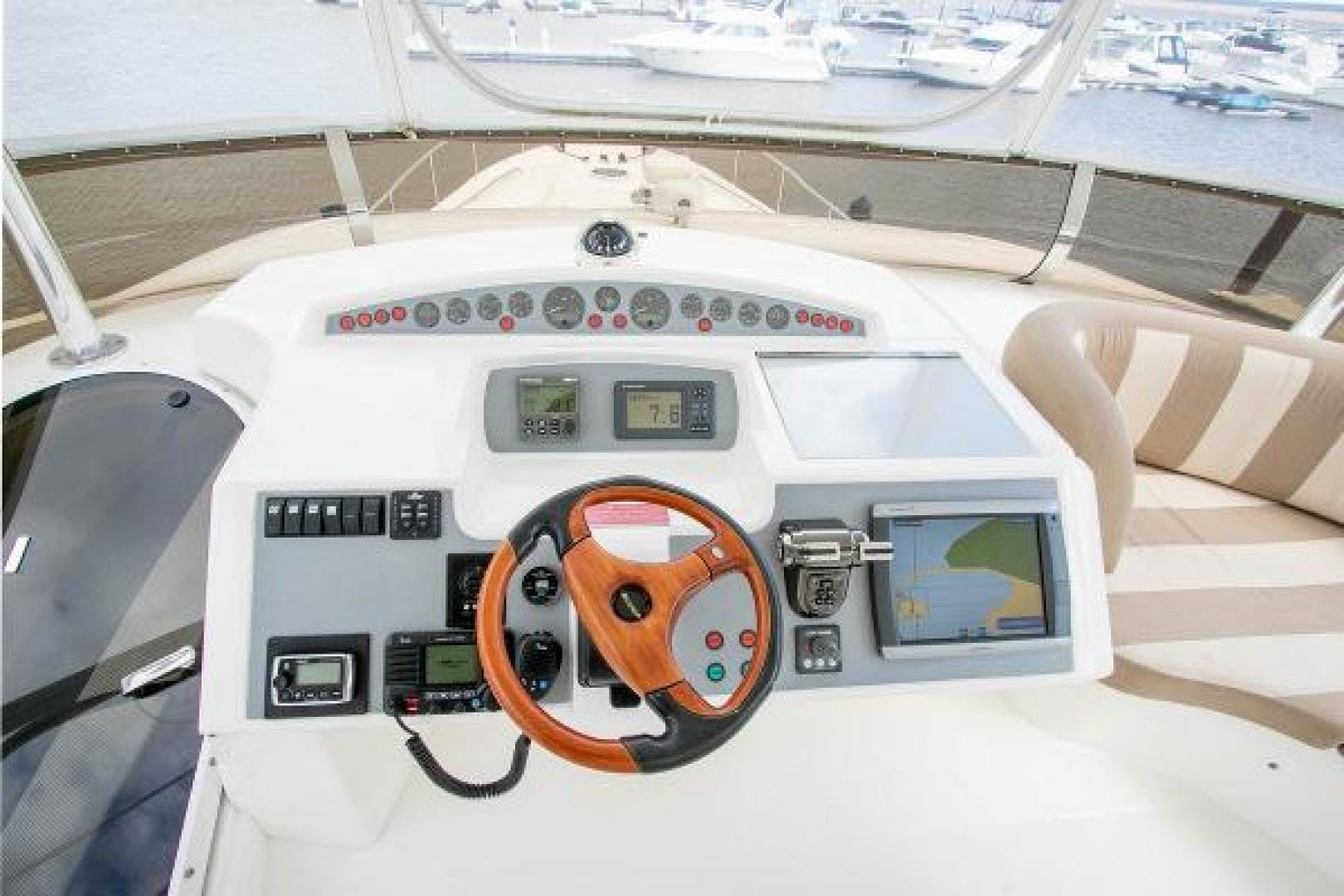 2006 Princess 67' 67 Flybridge GINA MARIE   Picture 6 of 103