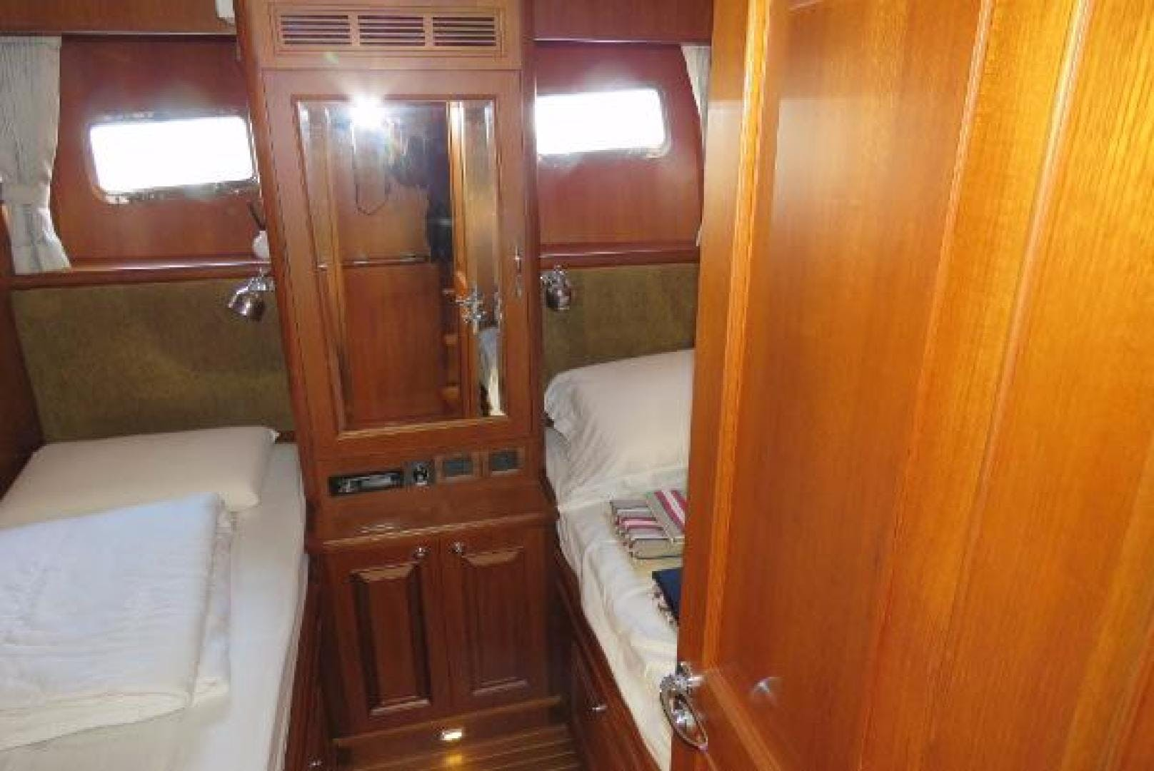 2013 Grand Banks 59' Aleutian 59  | Picture 4 of 36