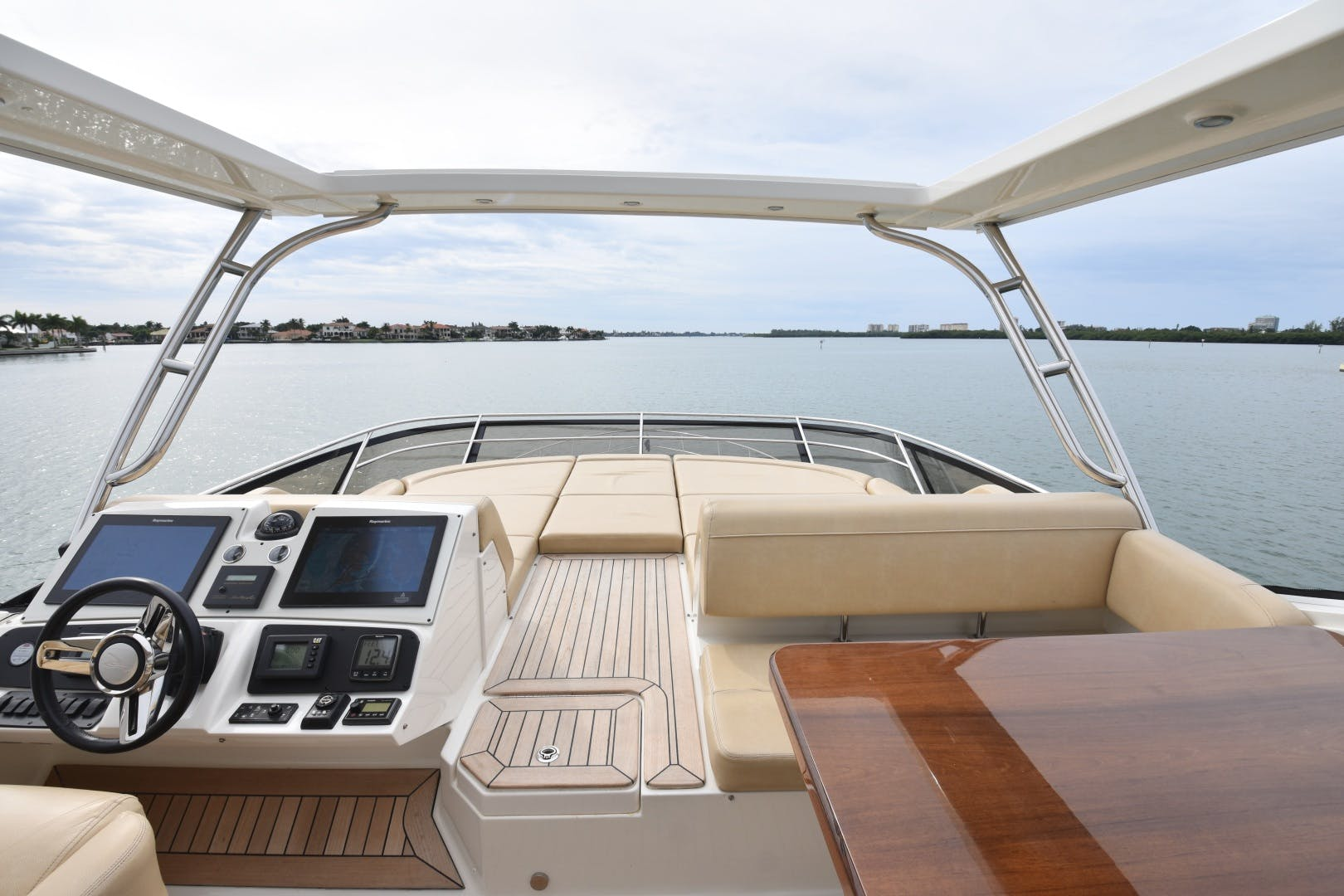 2016 Sea Ray 65' L650 3x's the Charm | Picture 8 of 97