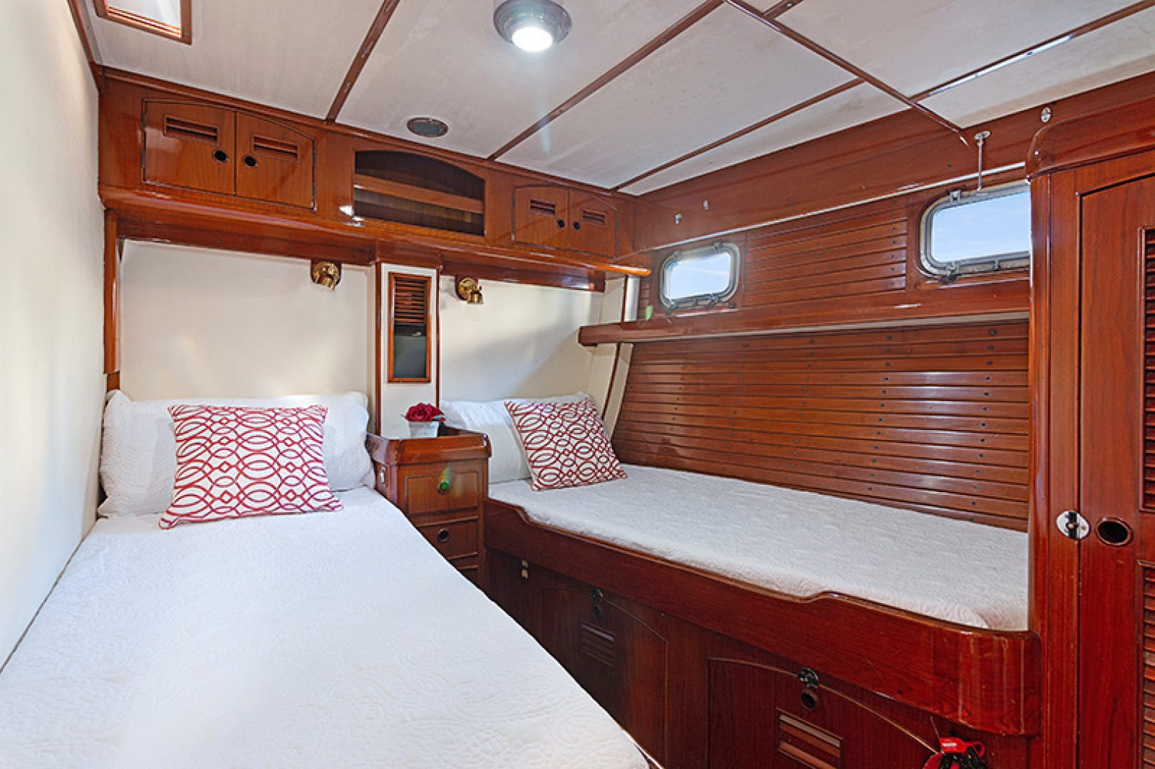 1982 Little Harbor 75' Raised Saloon WIND WIZARD | Picture 6 of 29
