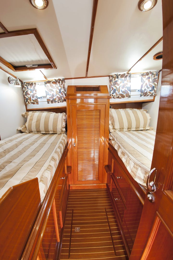 2006 Grand Banks 49' 49 Eastbay Paucity | Picture 8 of 61
