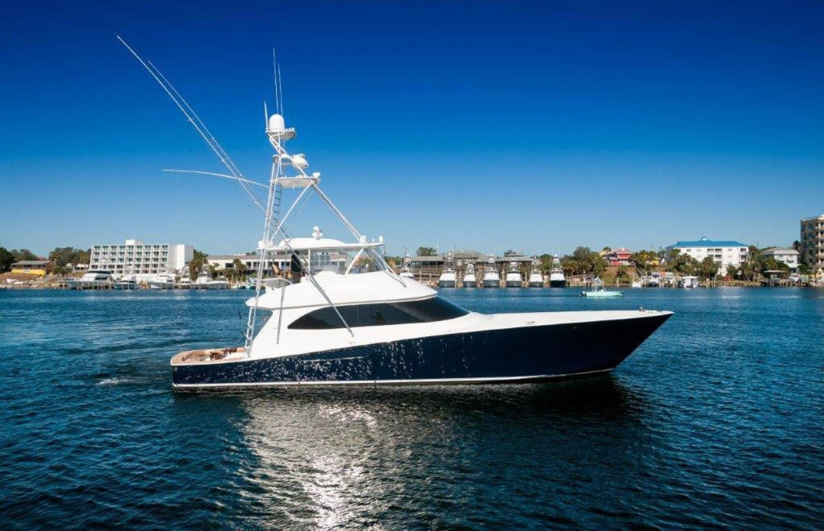 2011 Viking 70' 70 Convertible Reel Fire | Picture 5 of 75