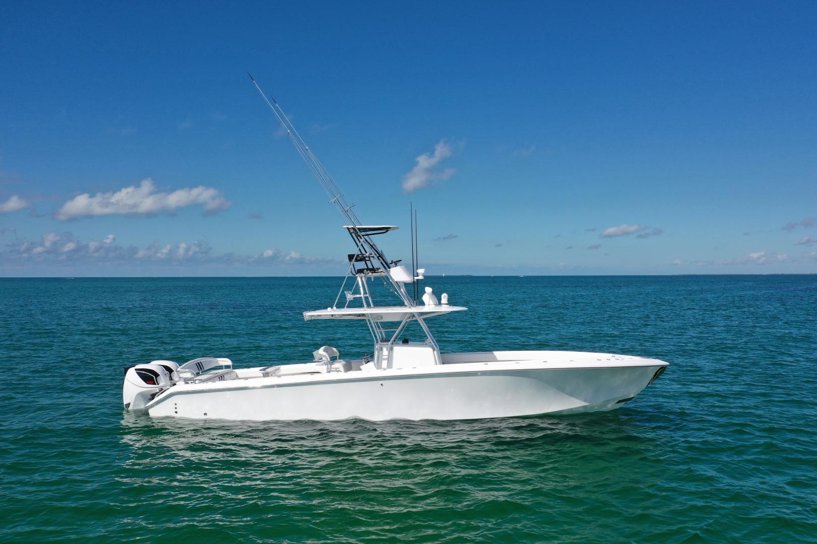 41' Bahama 2014 41 Center Console Galati Yacht Sales Trade