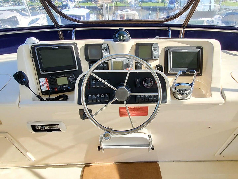 2006 Mainship 43' 430 Sedan Windy Cove II | Picture 5 of 59