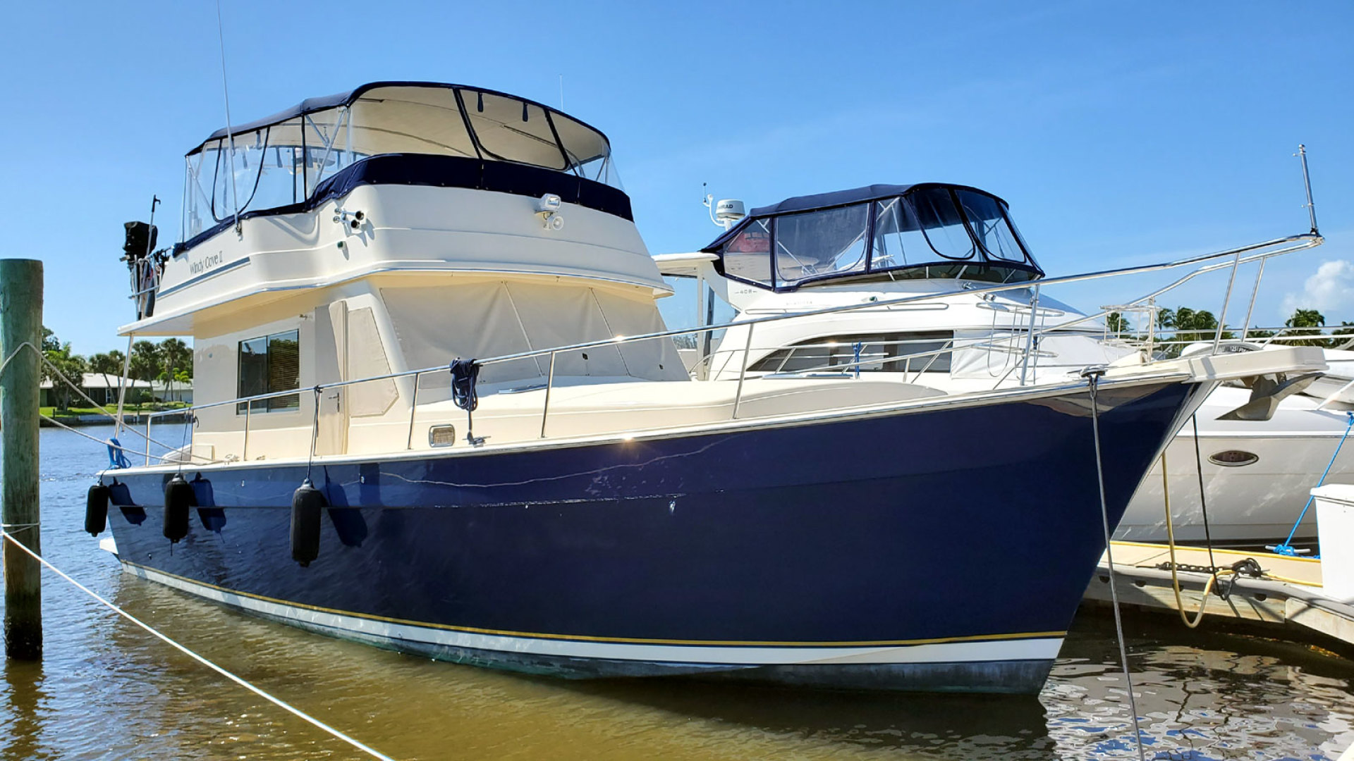 43' Mainship 2006 430 Sedan Windy Cove II