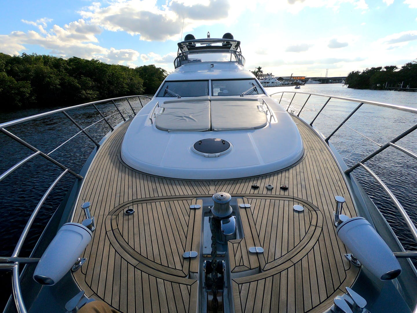 2012 Azimut 70' 70 Flybridge BT 2 | Picture 5 of 24