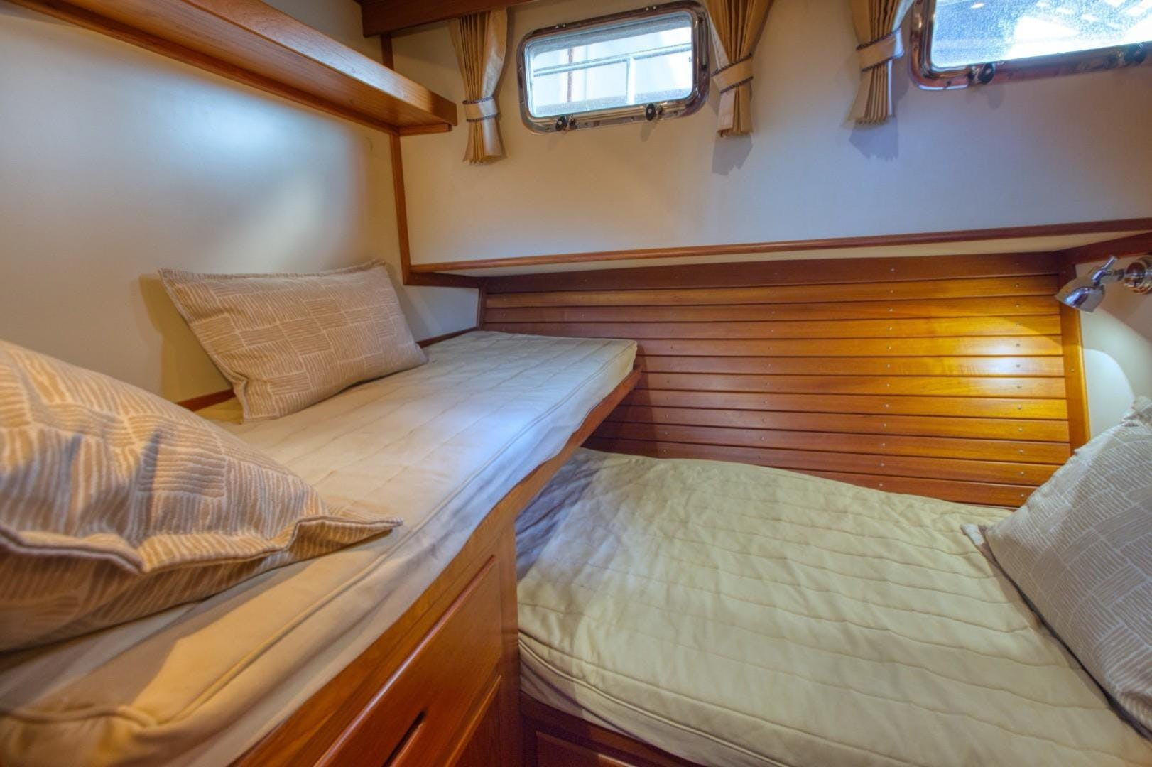 2004 Grand Banks 42' Europa 42 Grand Times   Picture 3 of 86